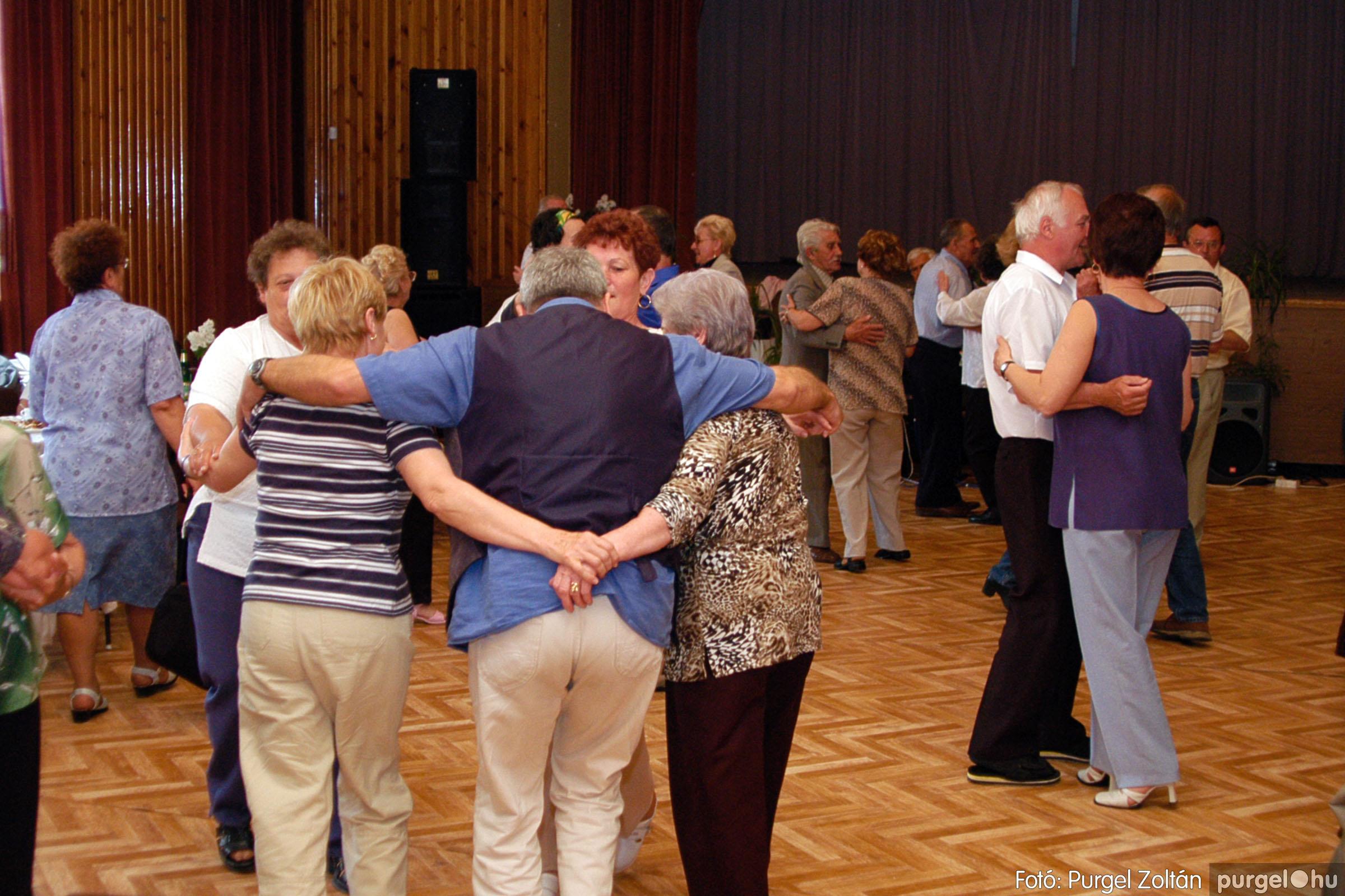 2004.05.04. 043 Szép Öregkor Nyugdíjas Klub találkozó - Fotó:PURGEL ZOLTÁN© DSC_0056q.jpg
