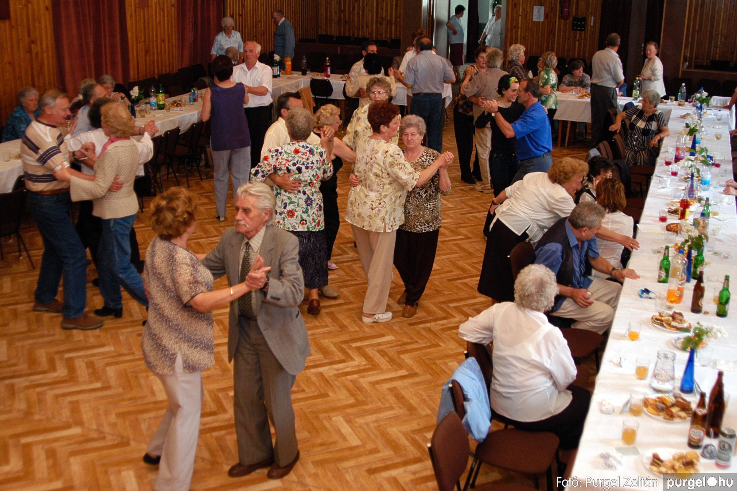 2004.05.04. 039 Szép Öregkor Nyugdíjas Klub találkozó - Fotó:PURGEL ZOLTÁN© DSC_0052q.jpg