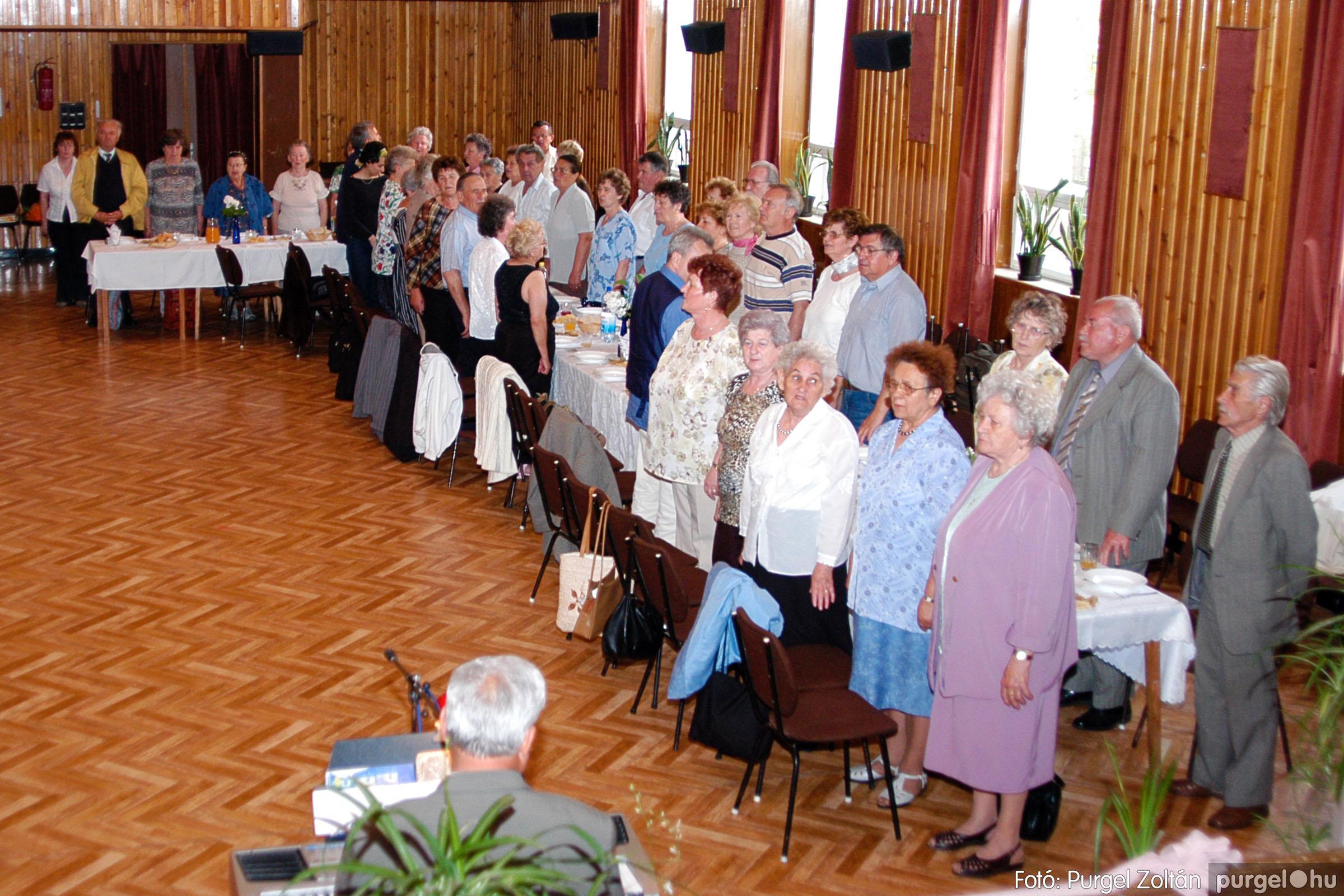 2004.05.04. 036 Szép Öregkor Nyugdíjas Klub találkozó - Fotó:PURGEL ZOLTÁN© DSC_0047q.jpg