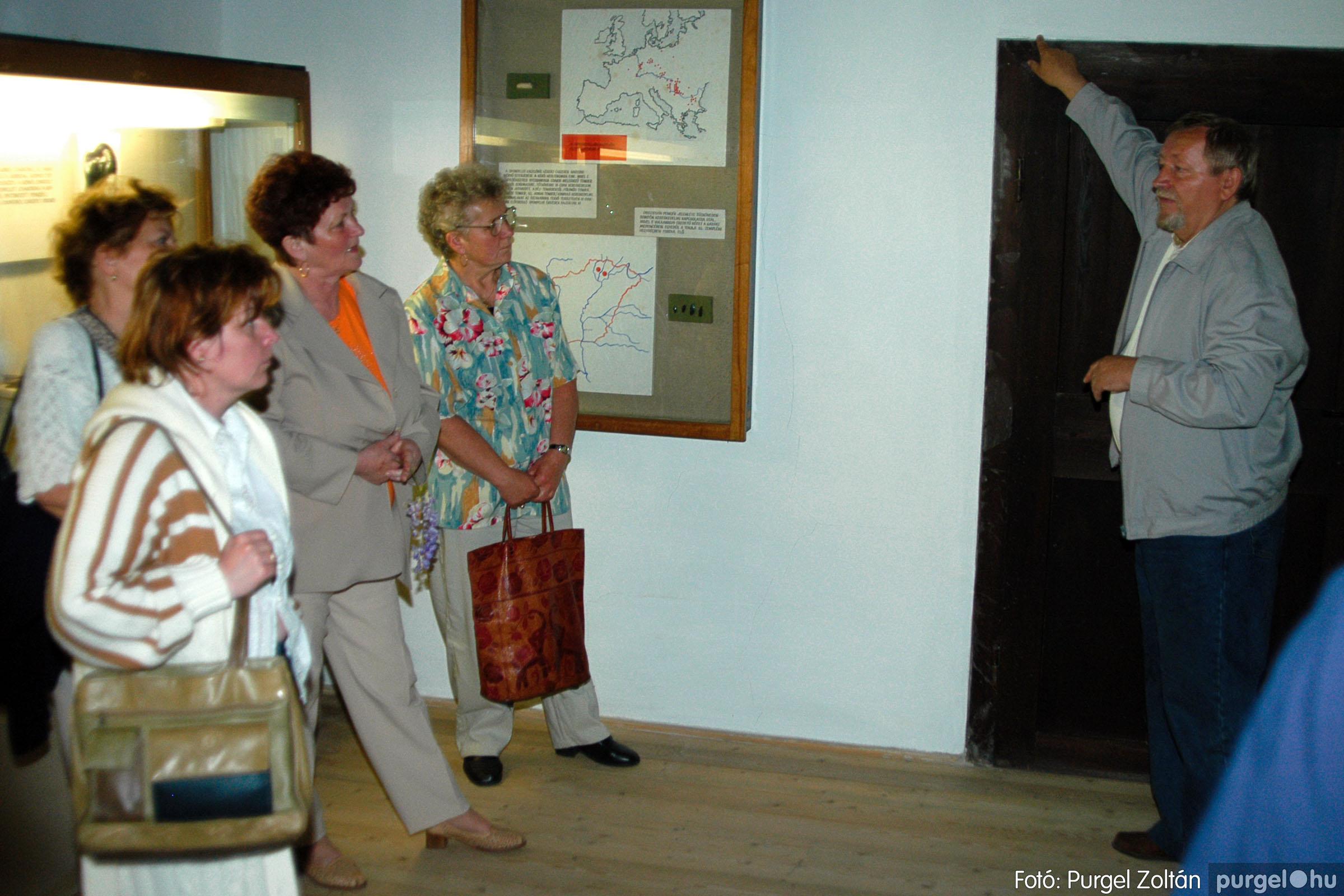 2004.05.04. 023 Szép Öregkor Nyugdíjas Klub találkozó - Fotó:PURGEL ZOLTÁN© DSC_0030q.jpg