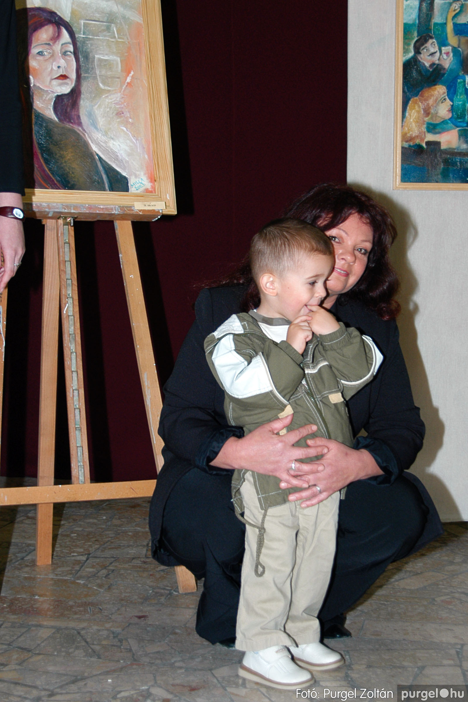 2004.05.08. 006 Gasztány Ludmilla Álmokkal átszőtt valóság című kiállítás - Fotó:PURGEL ZOLTÁN© DSC_0006q.jpg