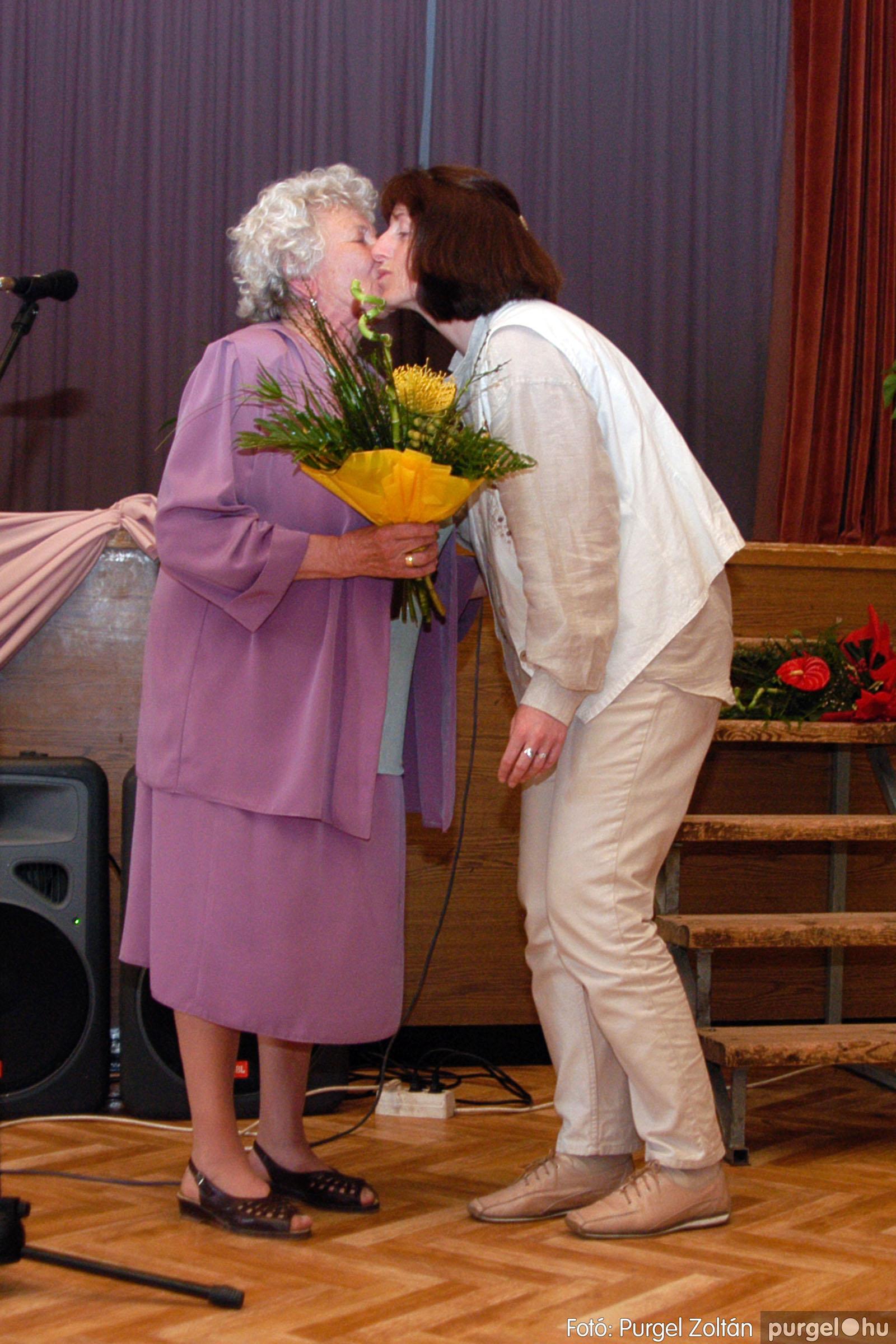 2004.05.04. 051 Szép Öregkor Nyugdíjas Klub találkozó - Fotó:PURGEL ZOLTÁN© DSC_0064q.jpg