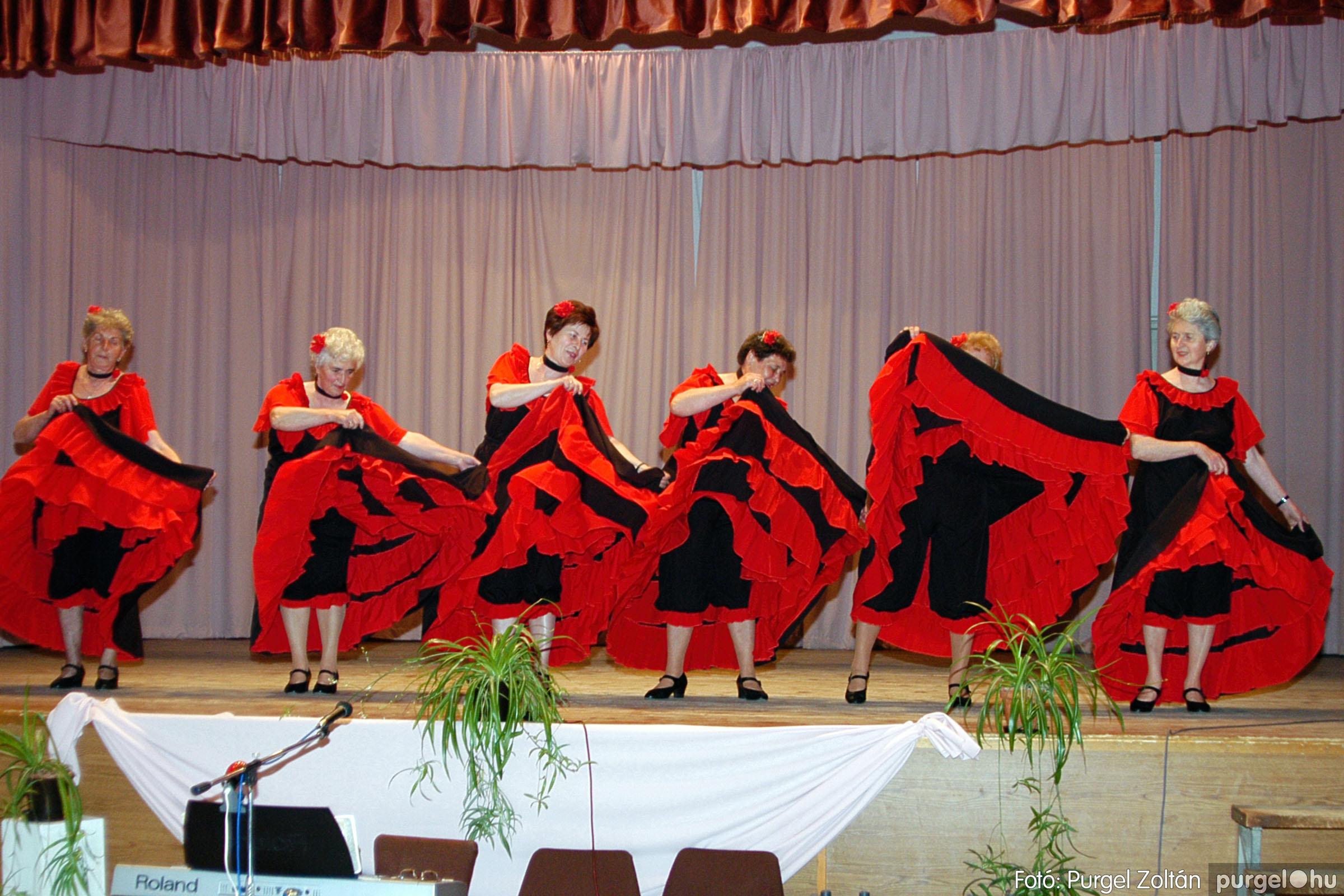 2004.05.04. 068 Szép Öregkor Nyugdíjas Klub találkozó - Fotó:PURGEL ZOLTÁN© DSC_0089q.jpg