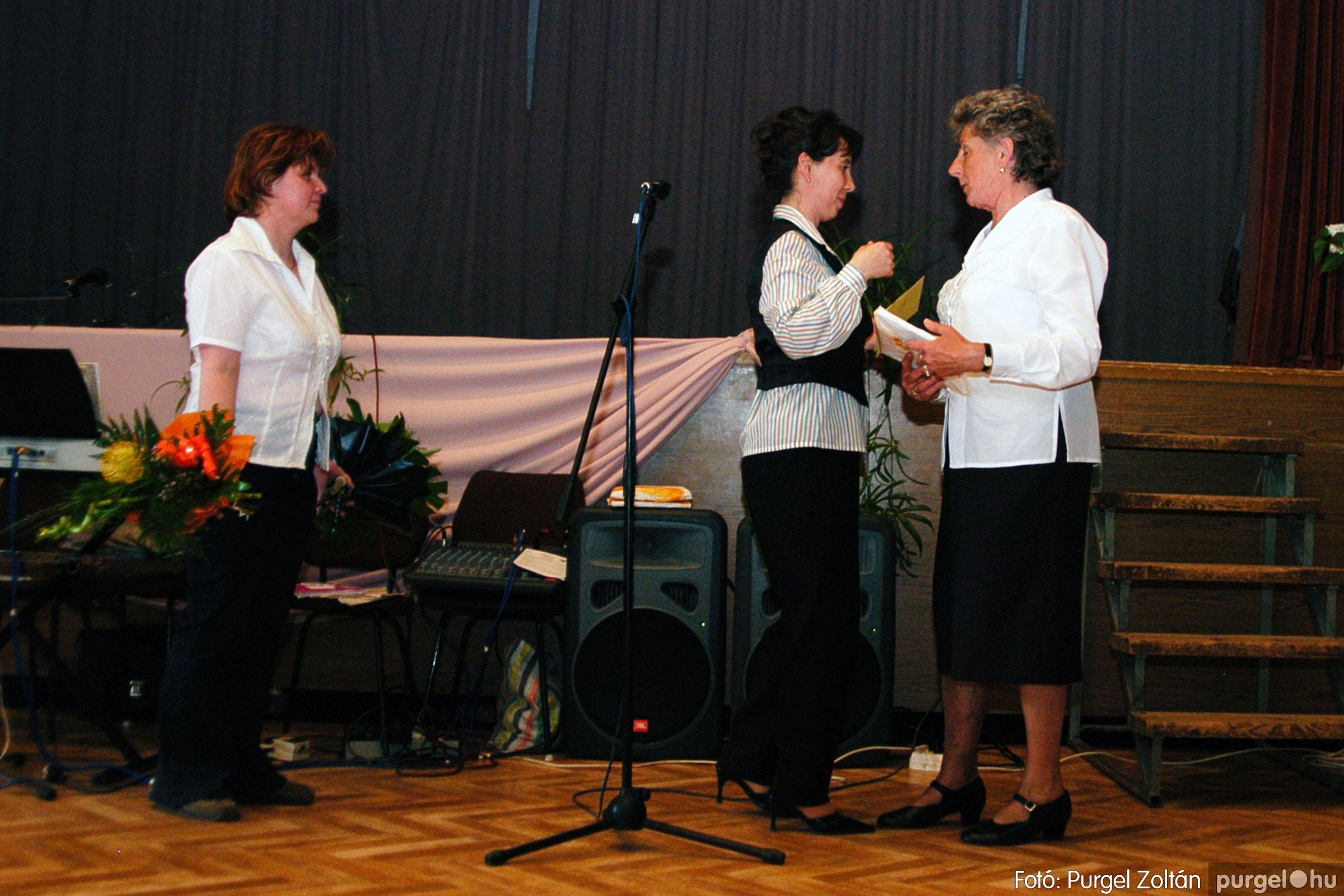 2004.05.04. 057 Szép Öregkor Nyugdíjas Klub találkozó - Fotó:PURGEL ZOLTÁN© DSC_0073q.jpg