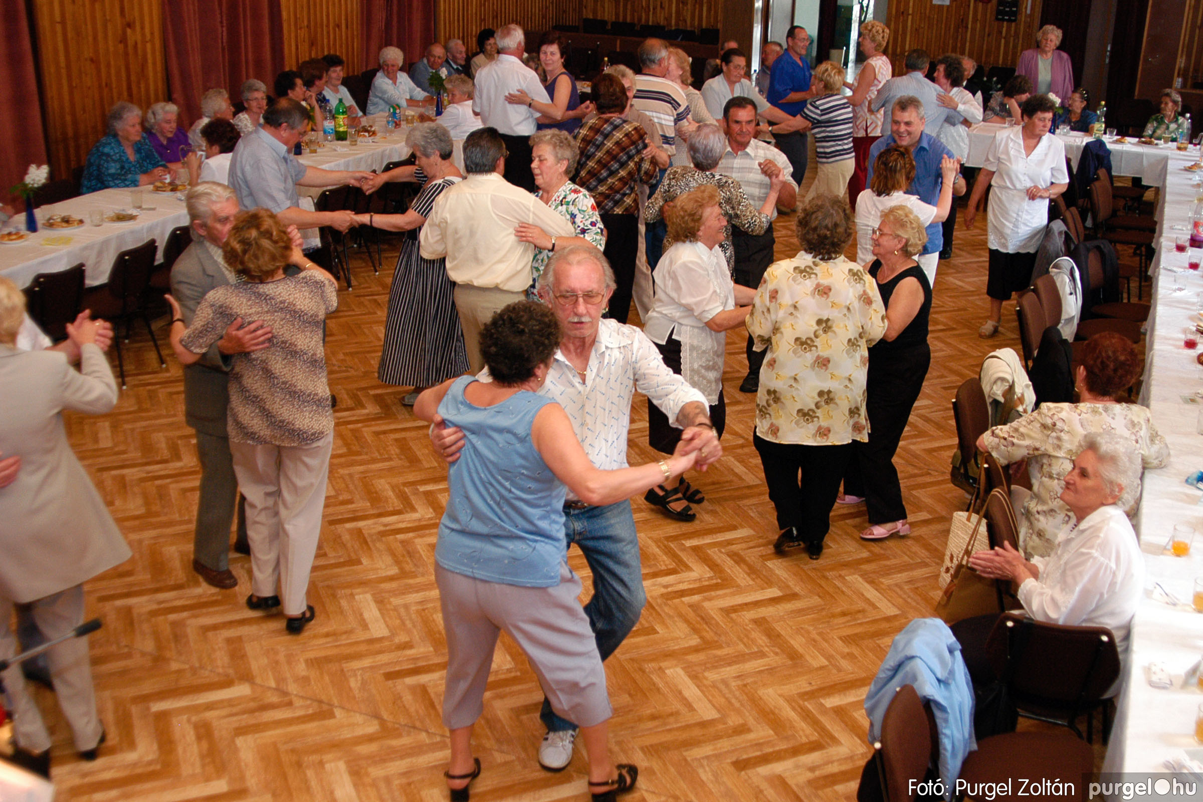 2004.05.04. 047 Szép Öregkor Nyugdíjas Klub találkozó - Fotó:PURGEL ZOLTÁN© DSC_0060q.jpg