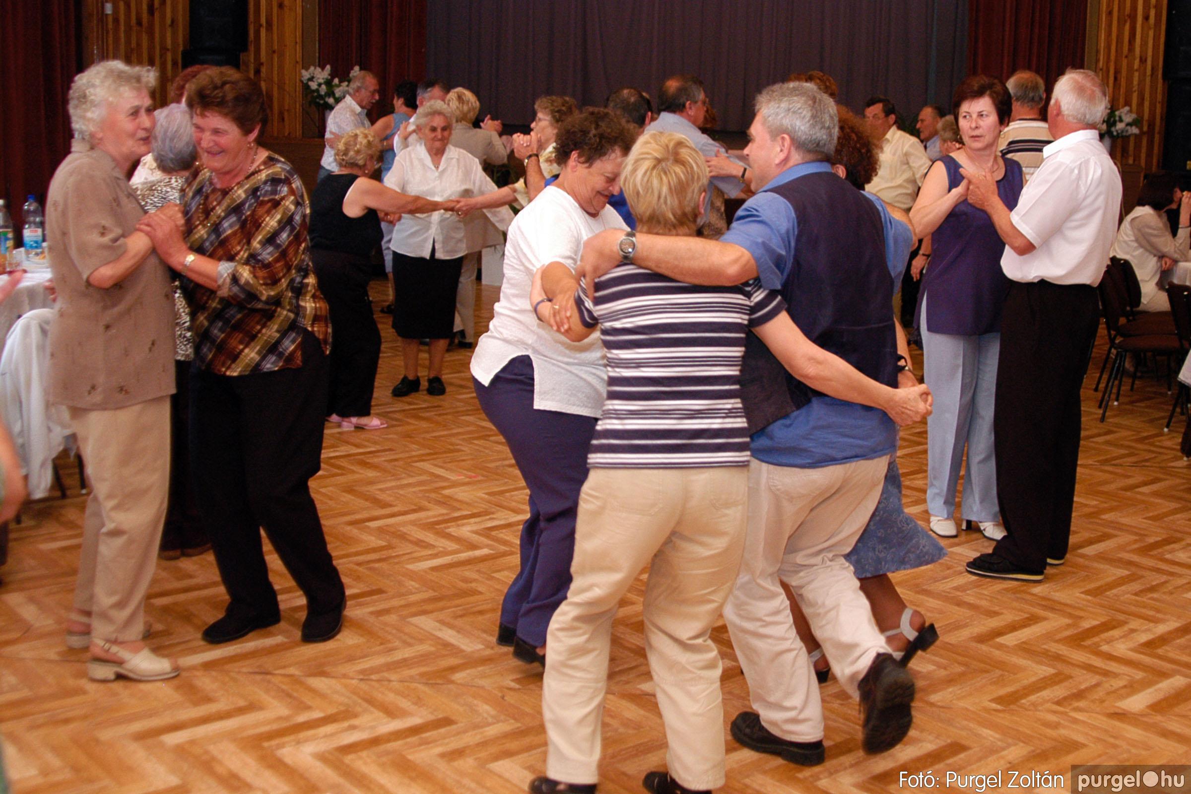 2004.05.04. 042 Szép Öregkor Nyugdíjas Klub találkozó - Fotó:PURGEL ZOLTÁN© DSC_0055q.jpg