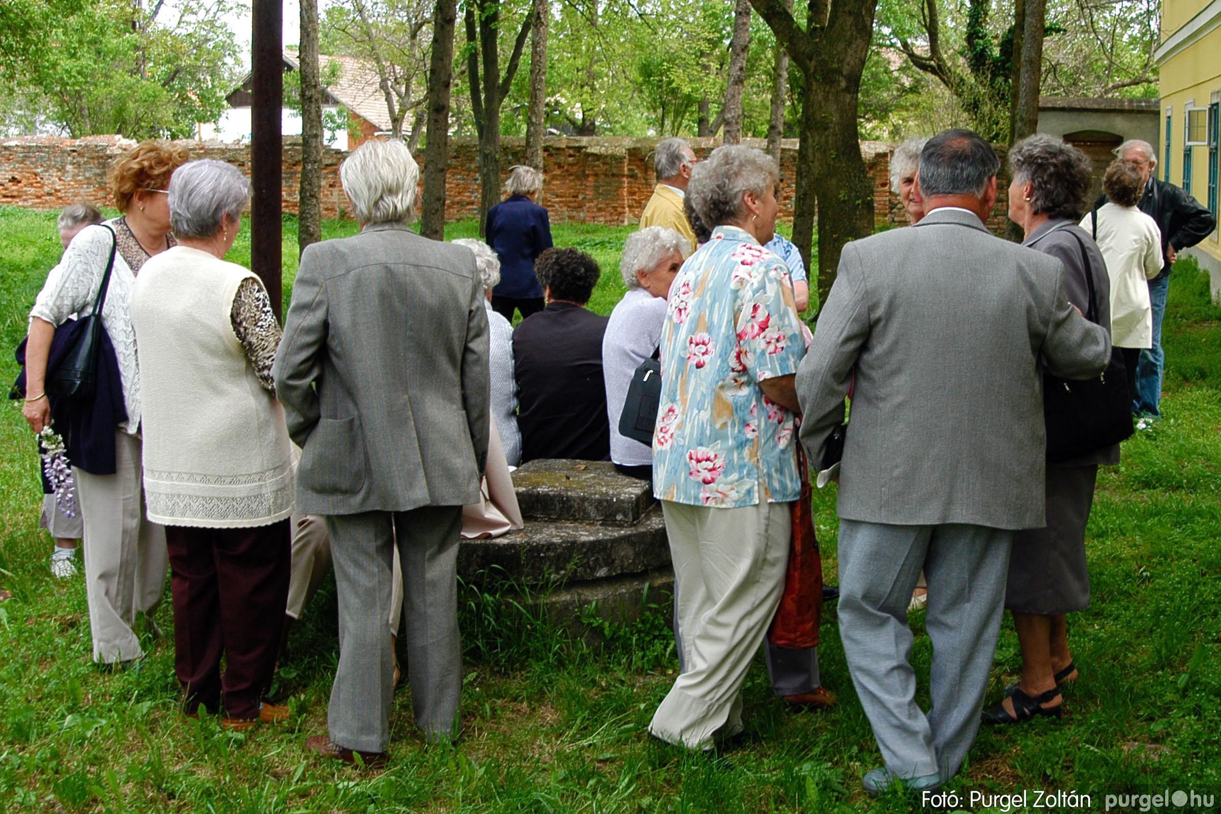 2004.05.04. 035 Szép Öregkor Nyugdíjas Klub találkozó - Fotó:PURGEL ZOLTÁN© DSC_0045q.jpg