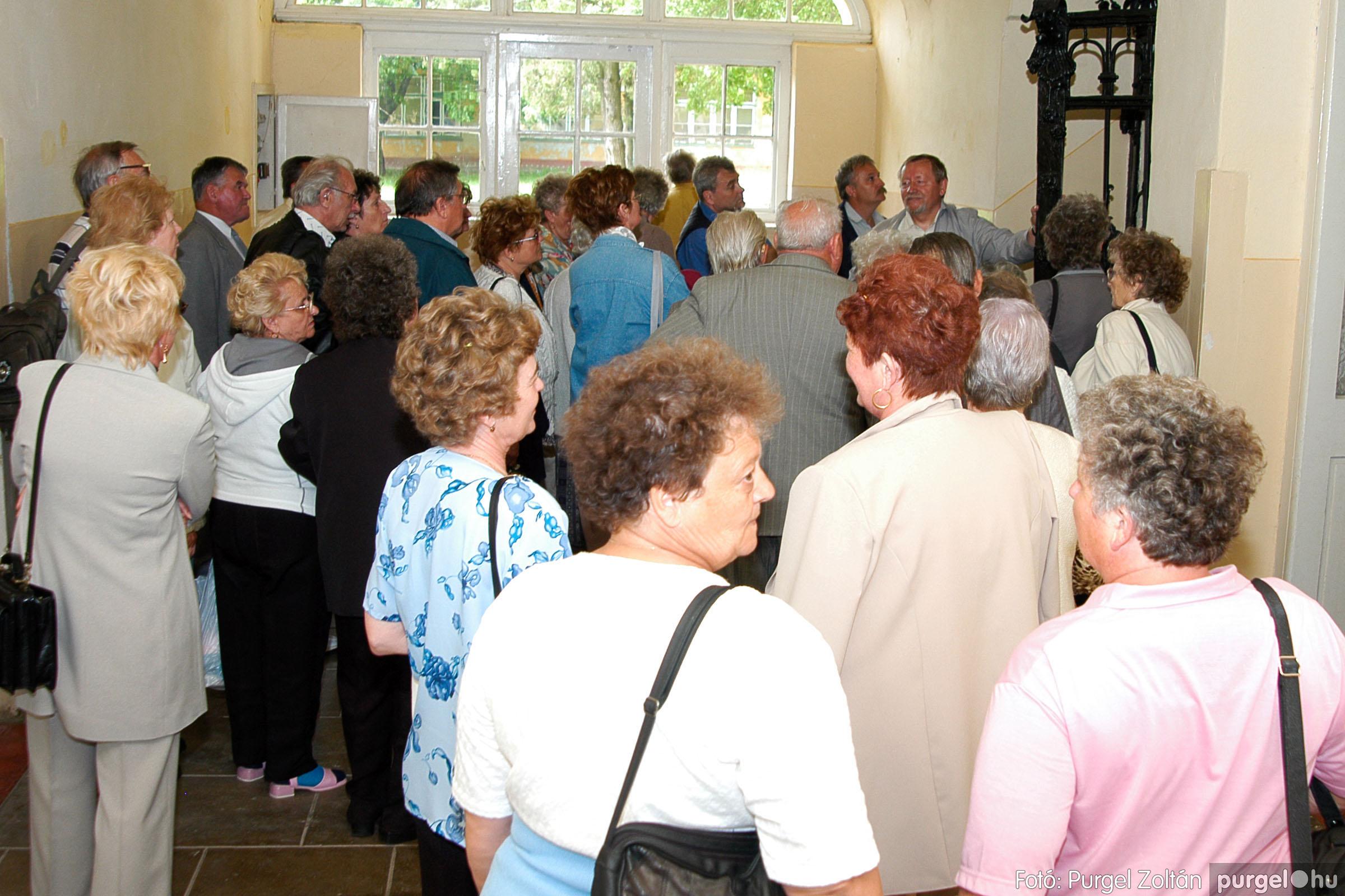 2004.05.04. 031 Szép Öregkor Nyugdíjas Klub találkozó - Fotó:PURGEL ZOLTÁN© DSC_0039q.jpg