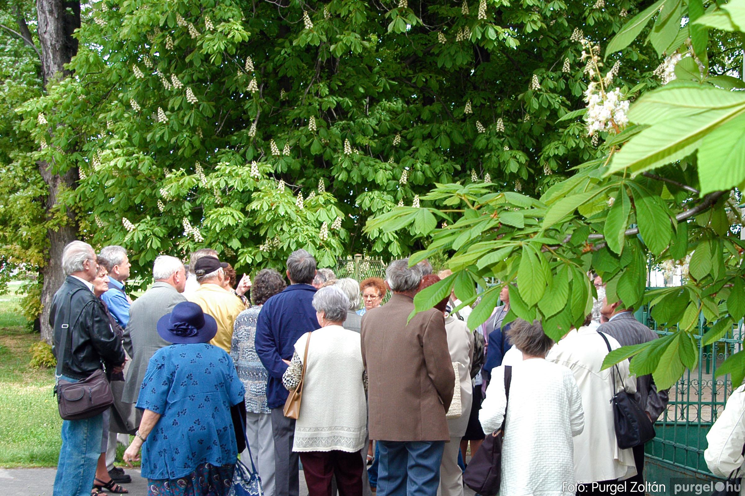 2004.05.04. 012 Szép Öregkor Nyugdíjas Klub találkozó - Fotó:PURGEL ZOLTÁN© DSC_0017q.jpg
