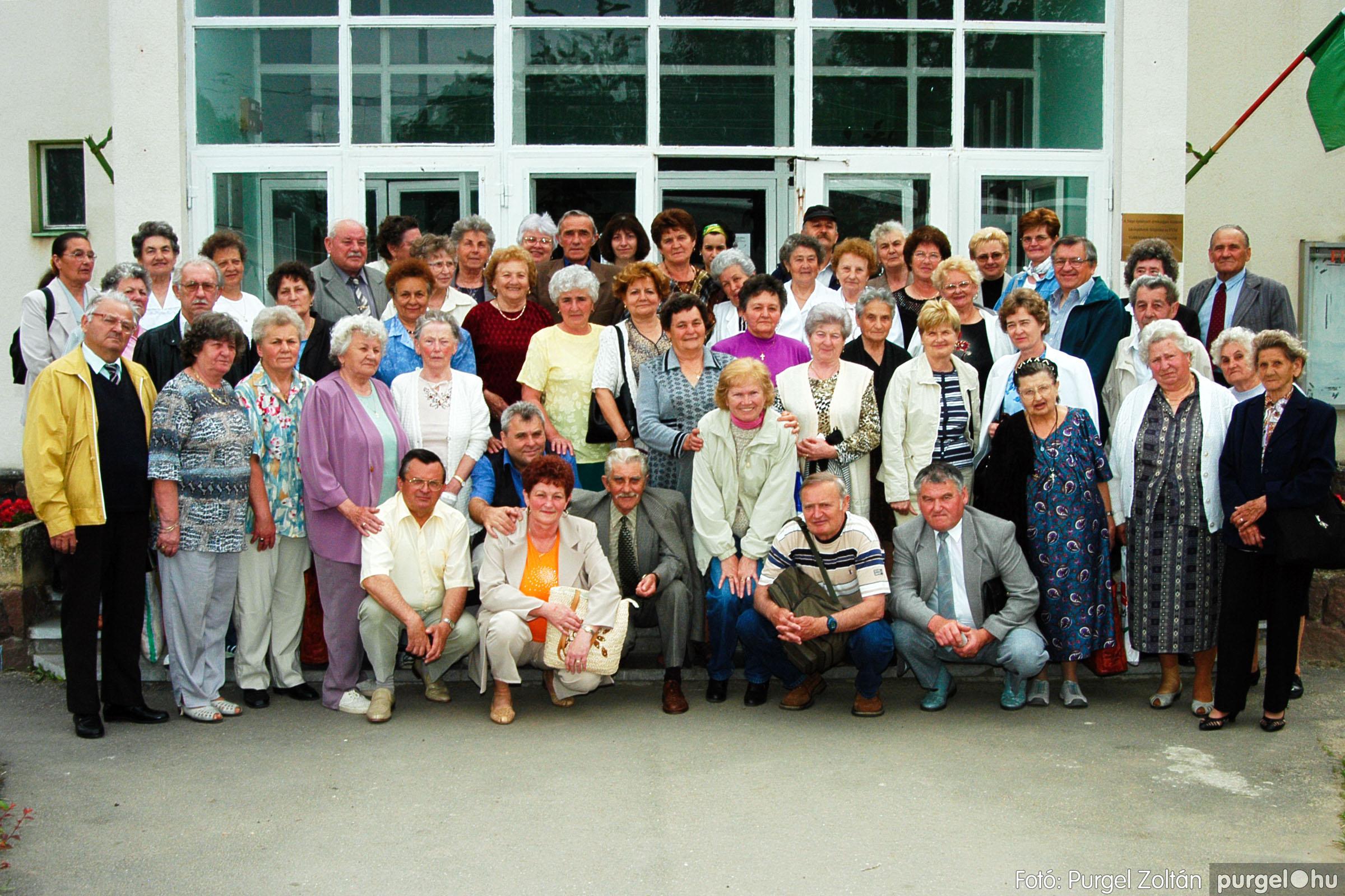 2004.05.04. 002 Szép Öregkor Nyugdíjas Klub találkozó - Fotó:PURGEL ZOLTÁN© DSC_0003q.jpg