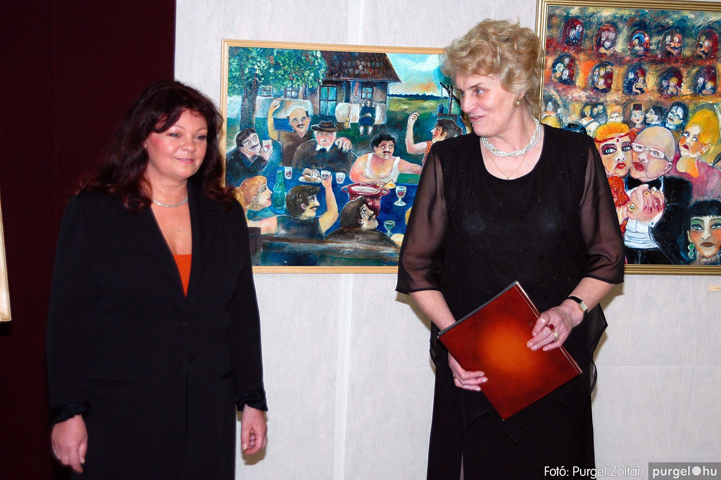 2004.05.08. 003 Gasztány Ludmilla Álmokkal átszőtt valóság című kiállítás - Fotó:PURGEL ZOLTÁN© DSC_0003q.jpg