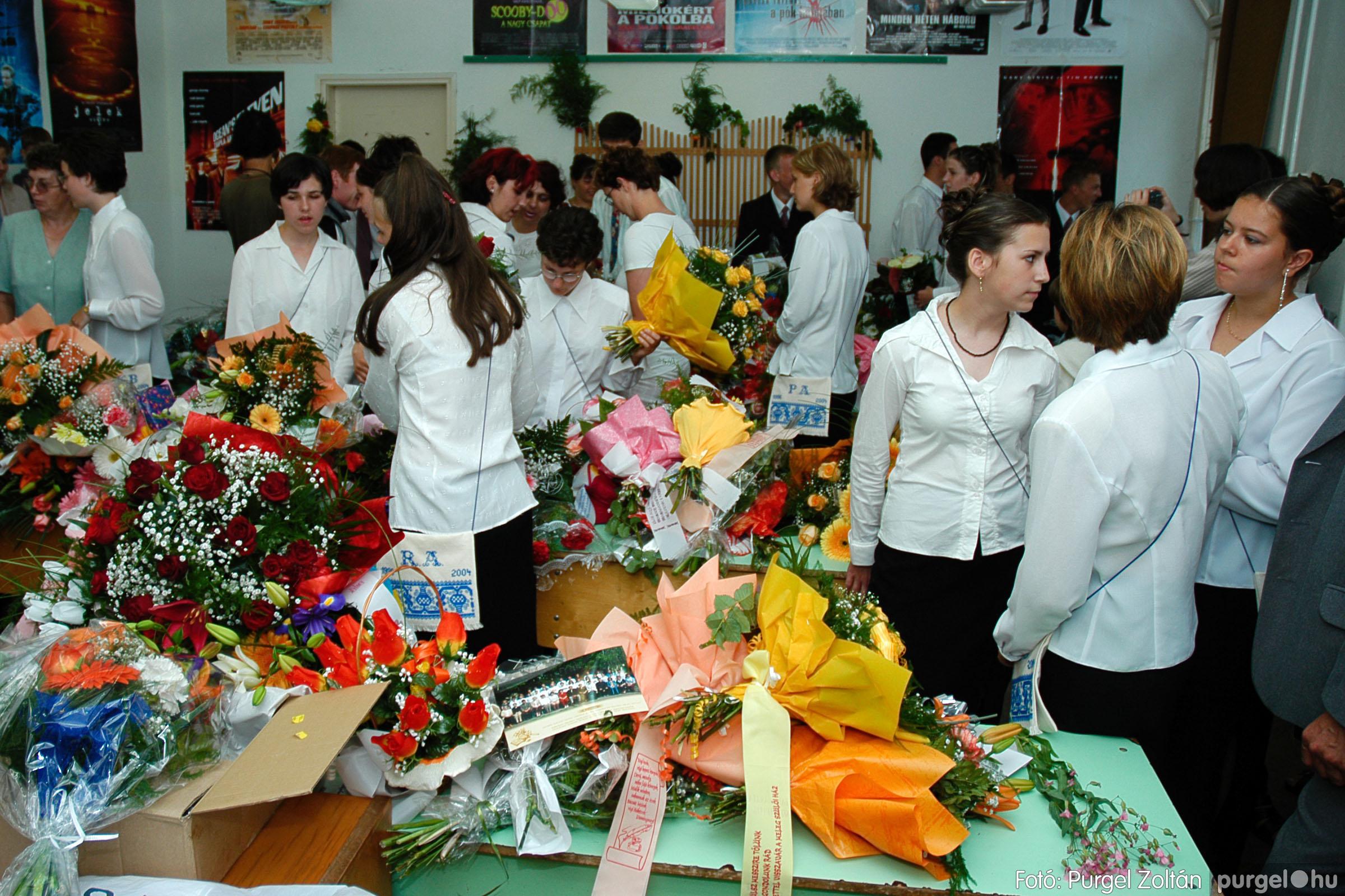 2004.06.12. 019 Forray Máté Általános Iskola ballagás 2004. - Fotó:PURGEL ZOLTÁN© DSC_0061q.jpg