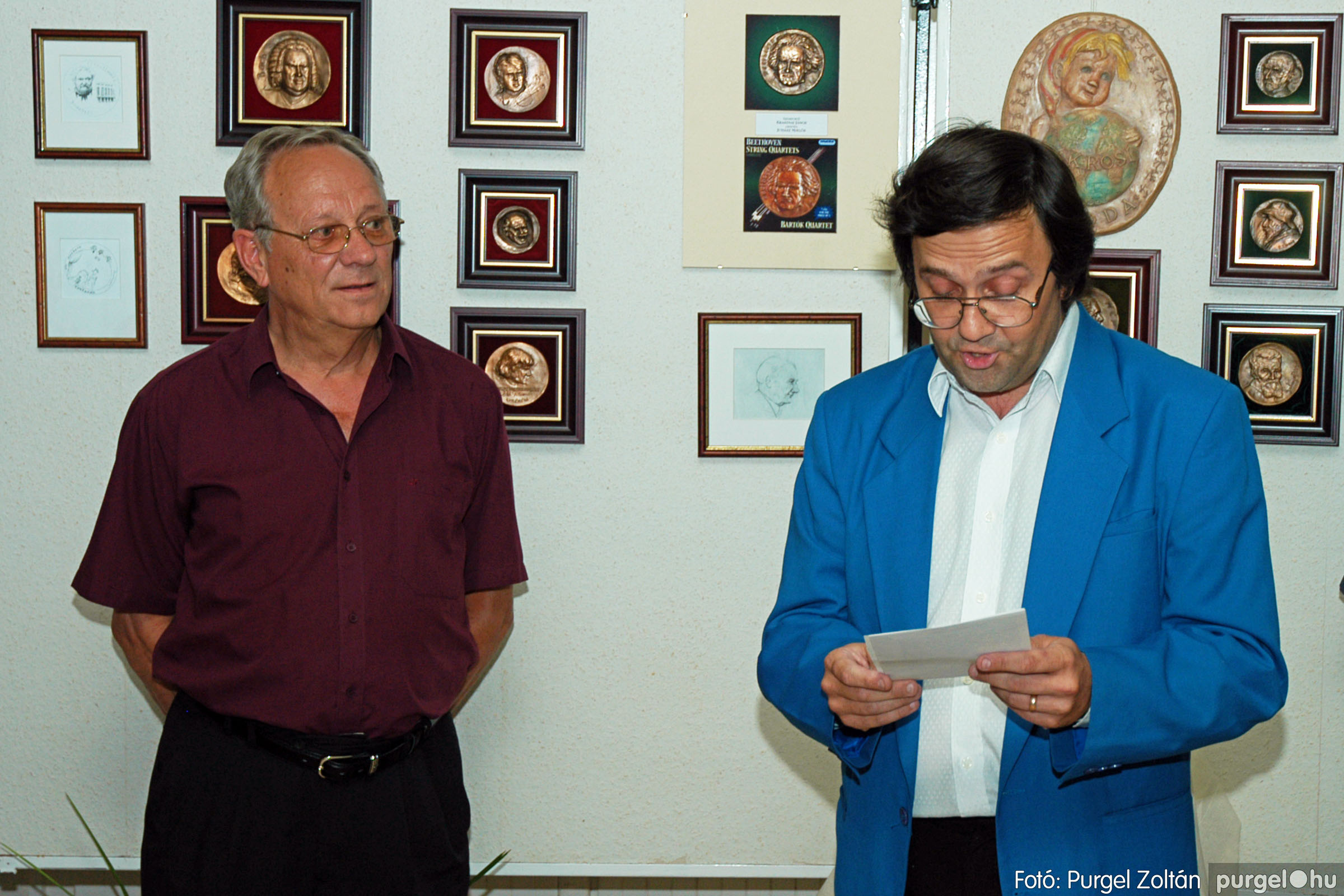 2004.07.11. 009 Krasznai János és Juhász Miklós kiállítása - Fotó:PURGEL ZOLTÁN© DSC_0014q.jpg