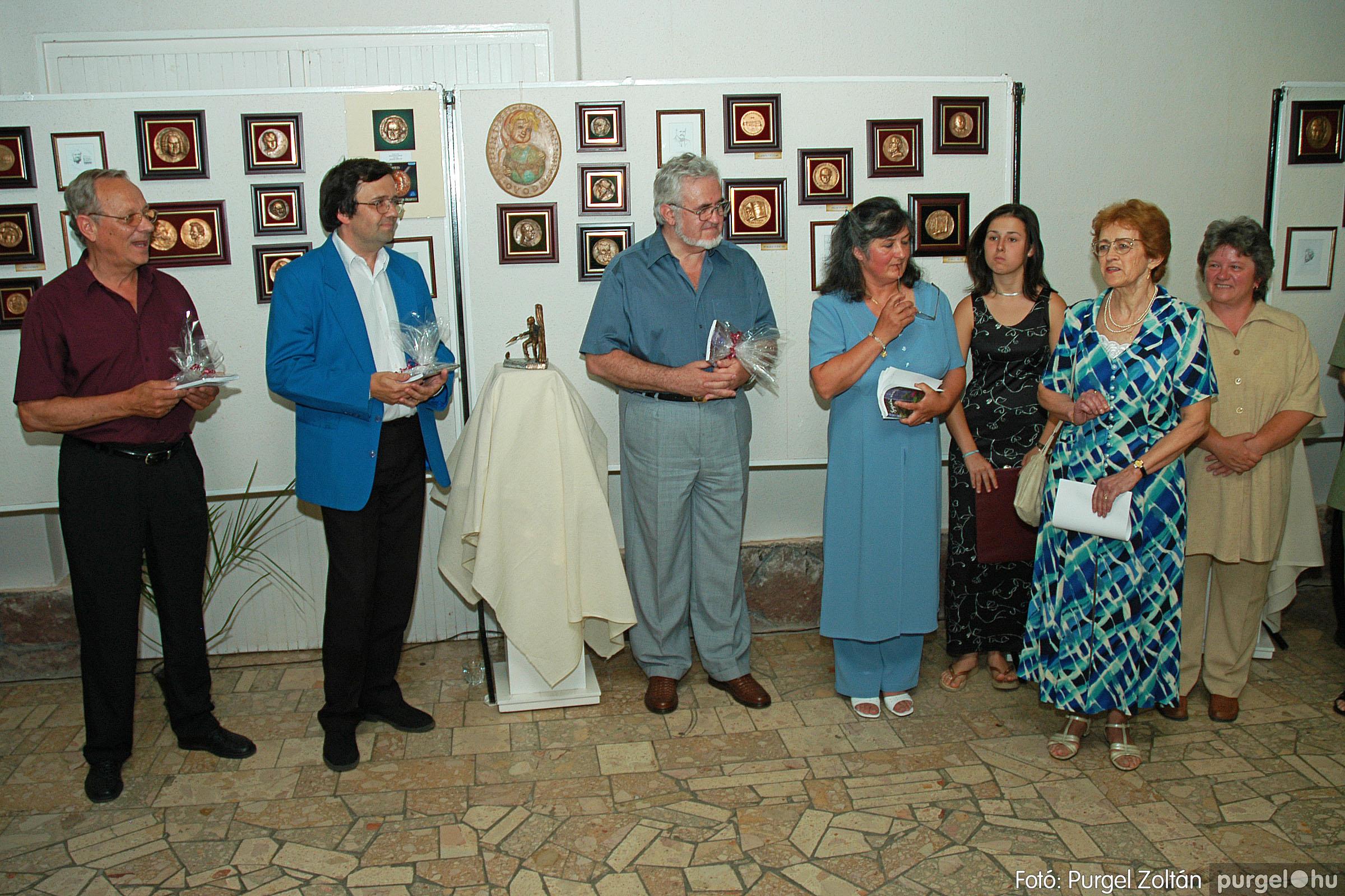 2004.07.11. 016 Krasznai János és Juhász Miklós kiállítása - Fotó:PURGEL ZOLTÁN© DSC_0026q.jpg