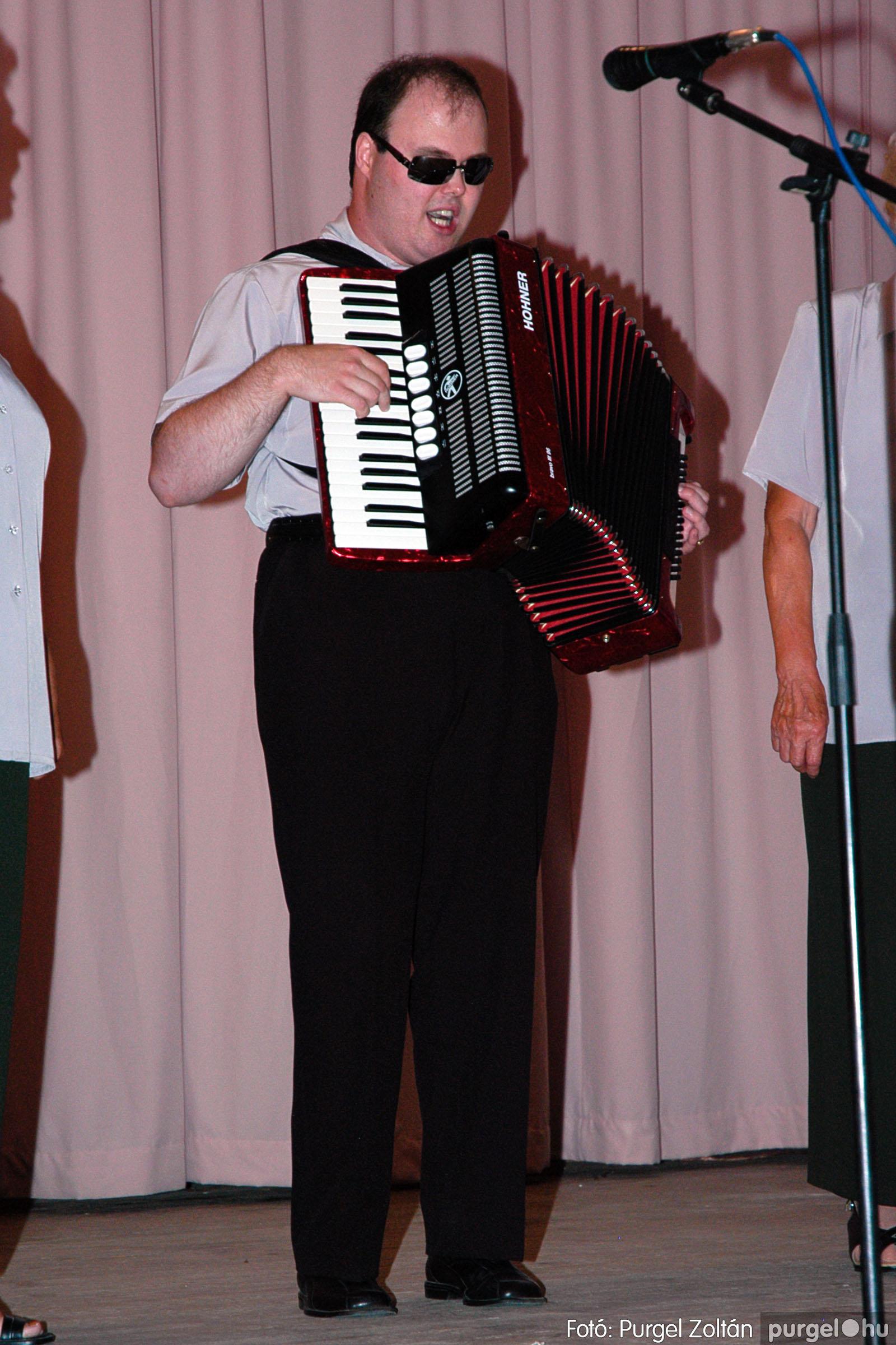2004.07.17. 015 Kurca-parti nyári dalos találkozó - Fotó:PURGEL ZOLTÁN© DSC_0018q.jpg