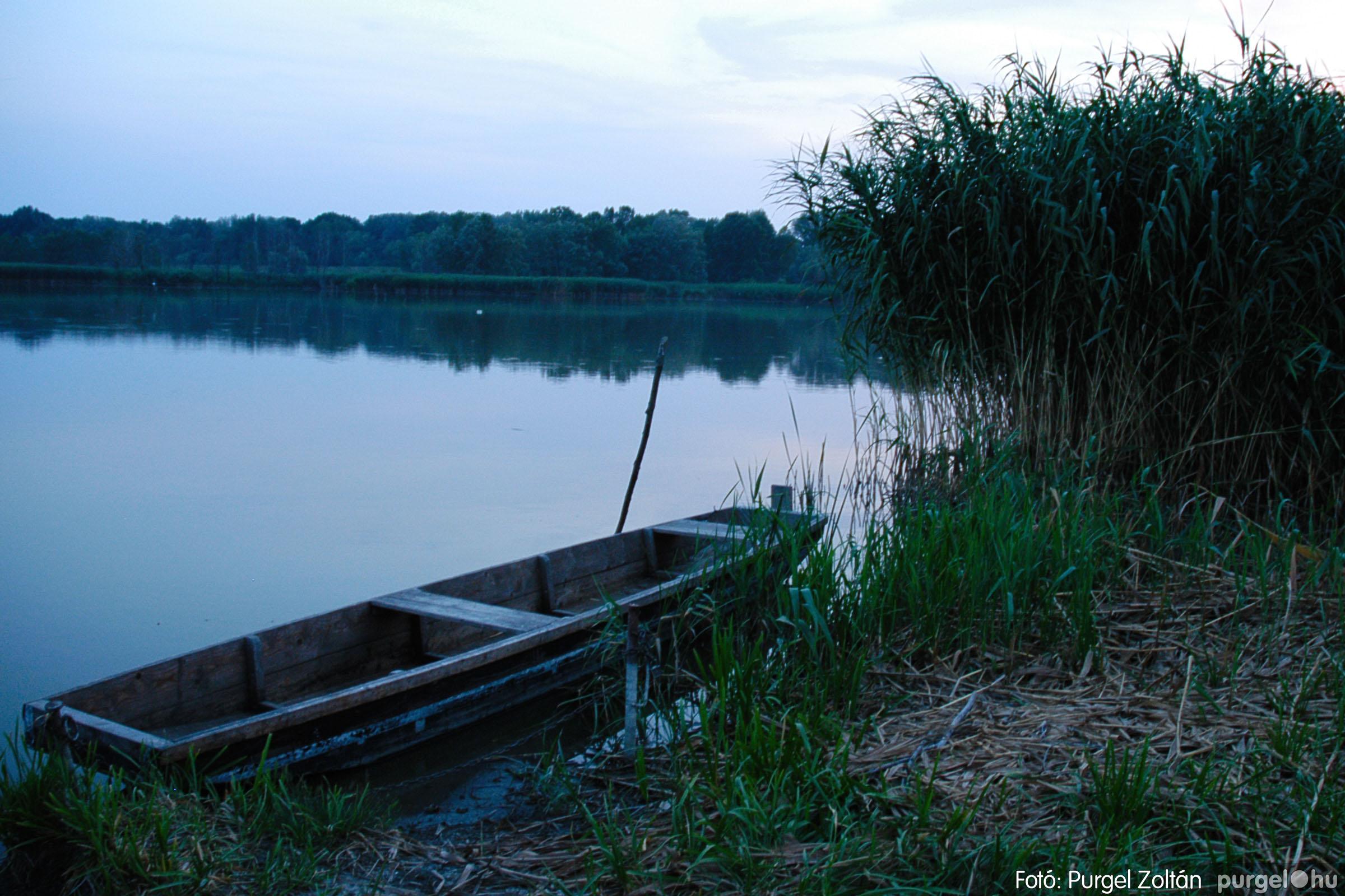 2004.07.22. 012 Nyáresti séta a Lándor-tó környékén - Fotó:PURGEL ZOLTÁN© DSC_0024q.jpg