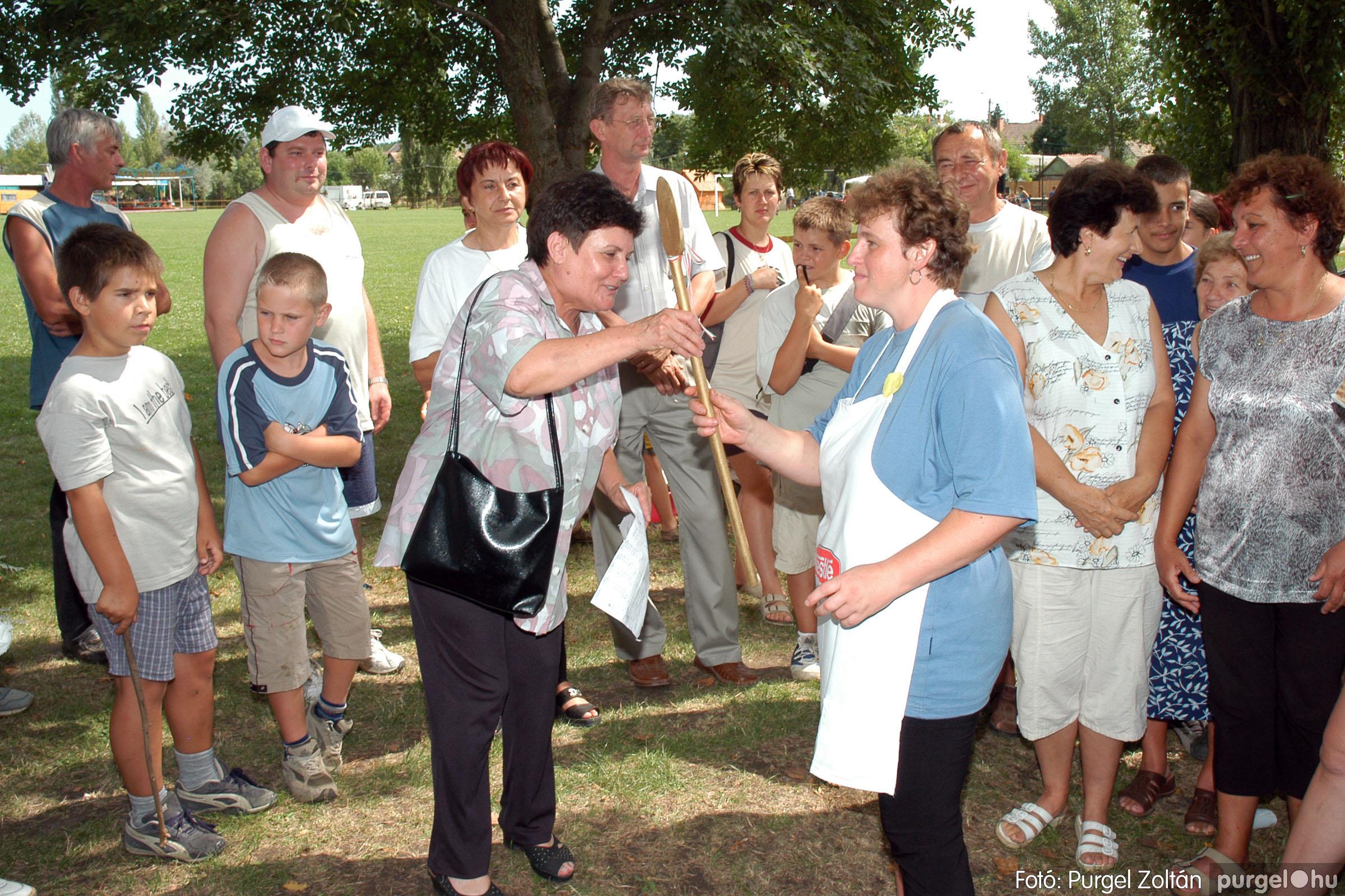 2004.08.21. 117 Szegvári falunapok 2004. 3. nap - Fotó:PURGEL ZOLTÁN© DSC_0127q.jpg
