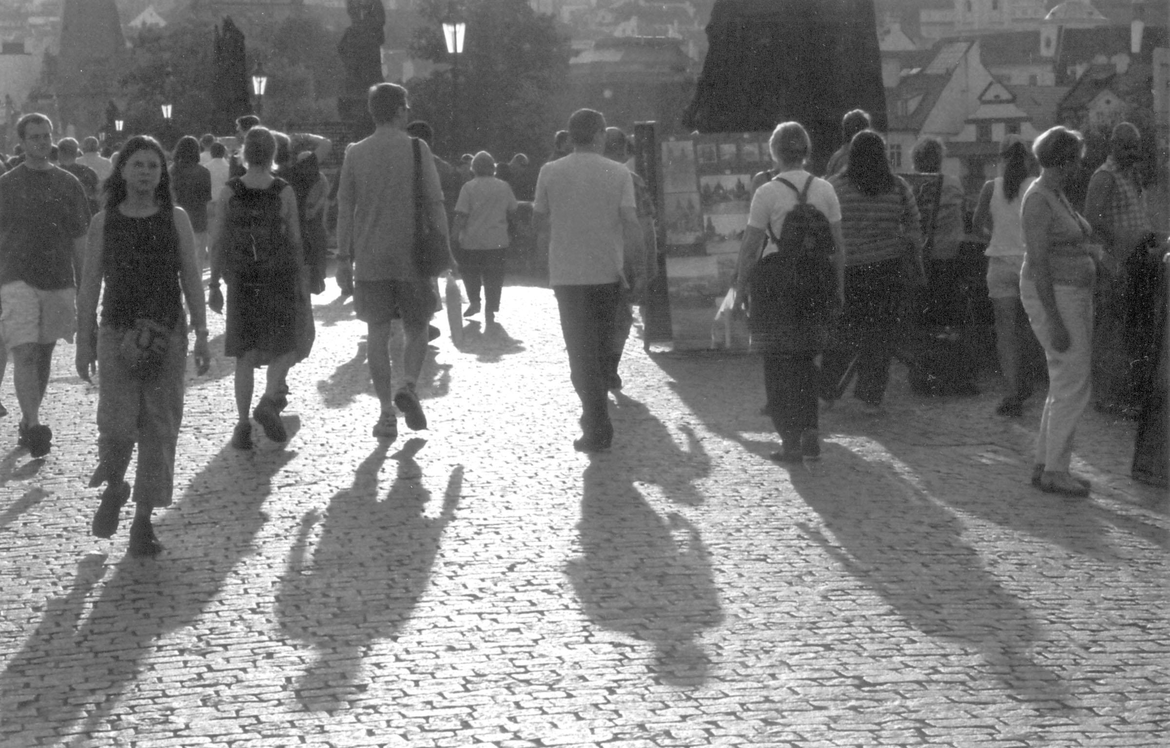 2004.09.18. Hétköznapok fotópályázat - Folcz Tóbiás - Esti séta.jpg