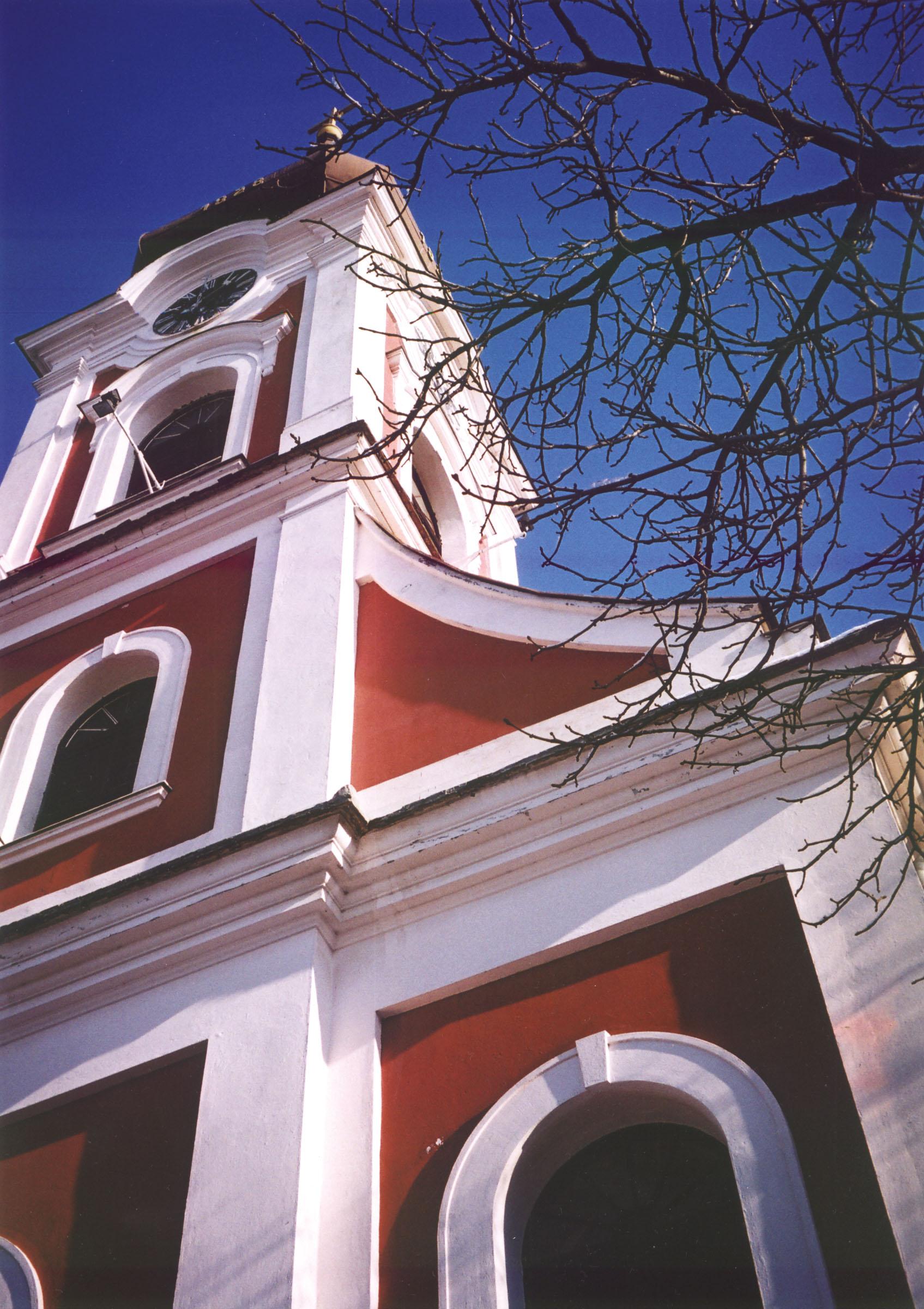 2004.09.18. Hétköznapok fotópályázat - Kovács Lajos István - Szegvári barokk templom.jpg