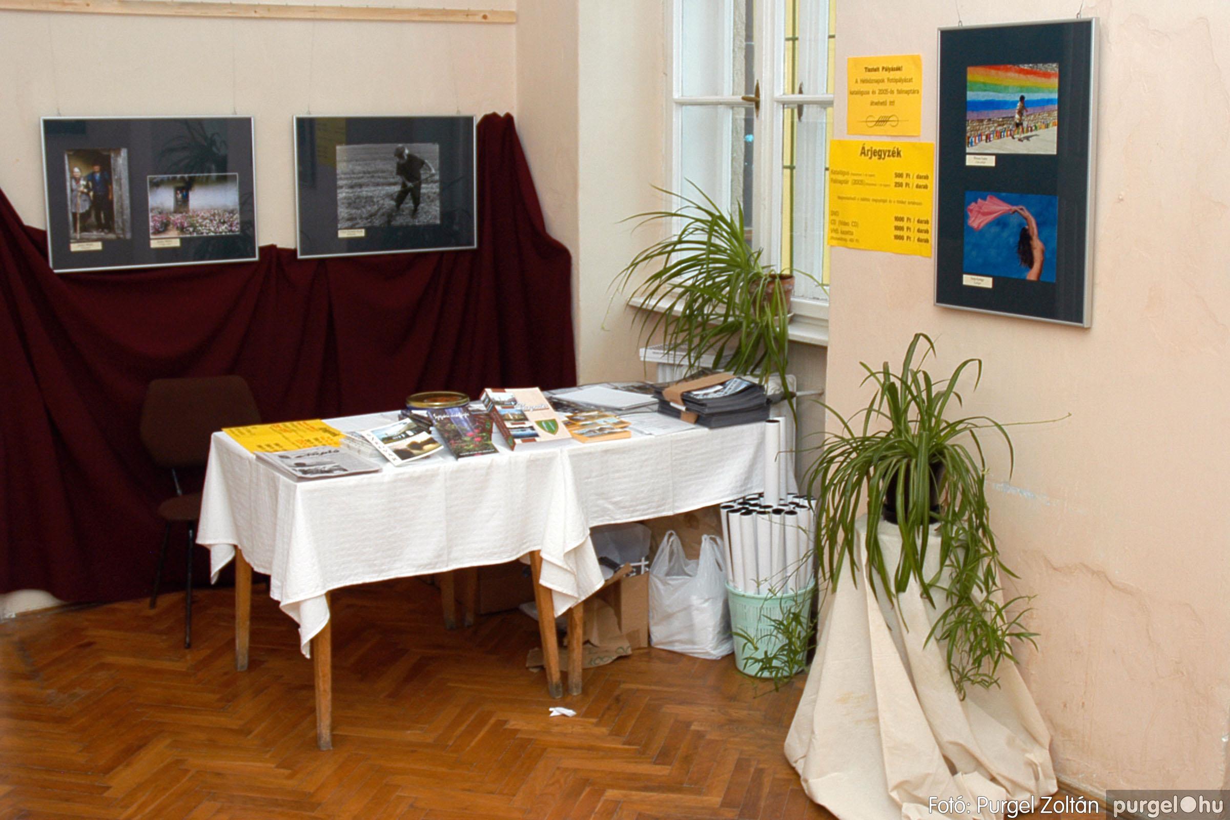 2004.09.25. 004 Hétköznapok fotópályázat kiállítása - Fotó:PURGEL ZOLTÁN© DSC_0004q.jpg