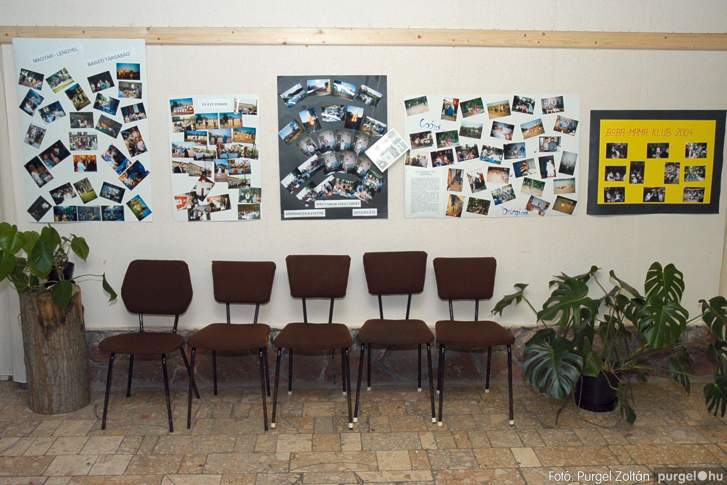 2004.11.09. 008 40 éves a szegvári Művelődési Ház - Fotó:PURGEL ZOLTÁN© DSC_0008q.jpg