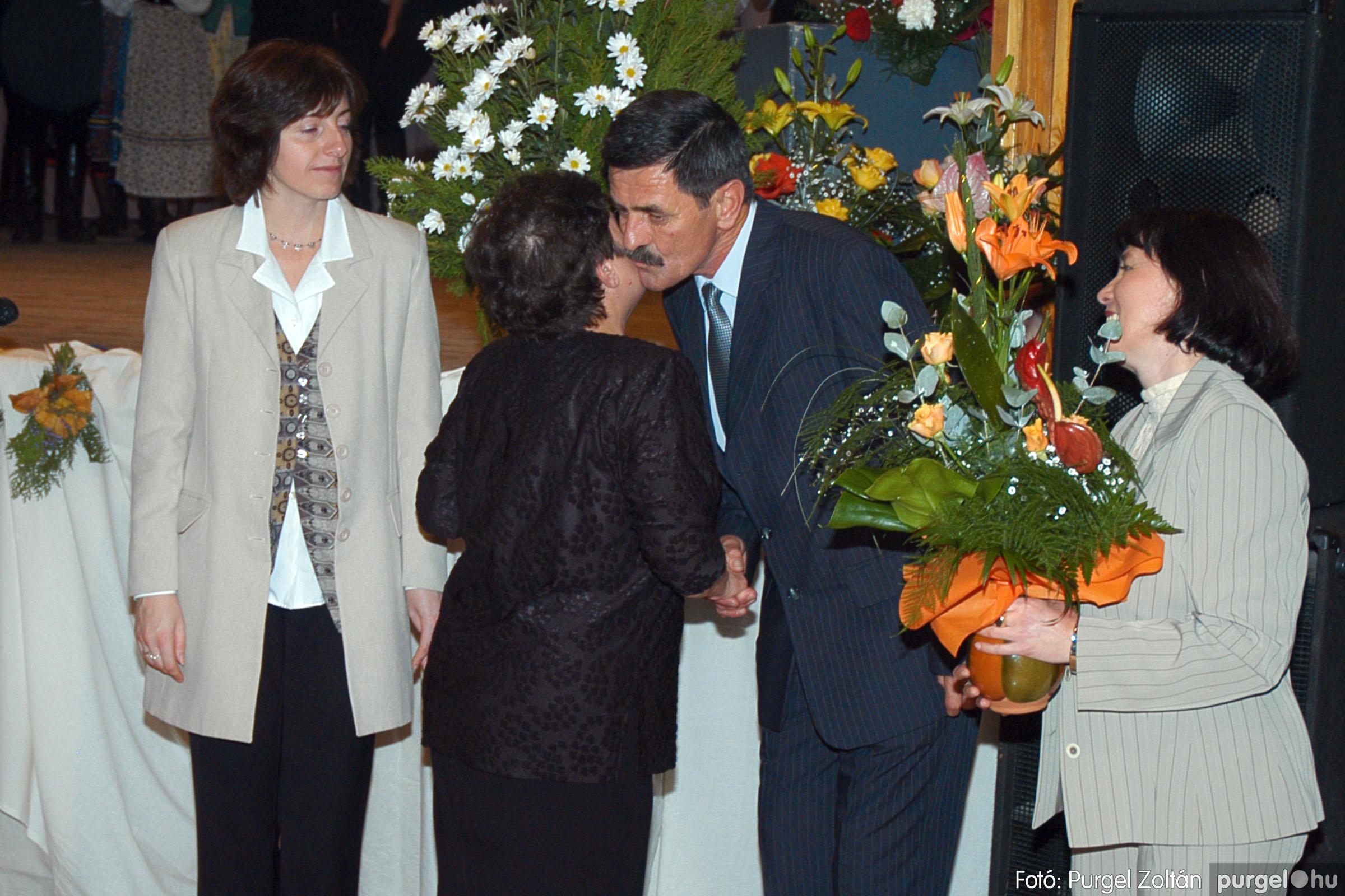 2004.11.06. 115 40 éves a szegvári Művelődési Ház - Fotó:PURGEL ZOLTÁN© DSC_0129q.jpg