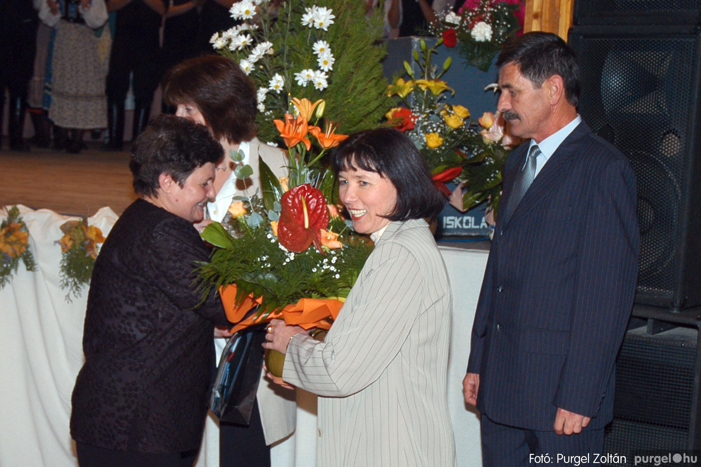2004.11.06. 114 40 éves a szegvári Művelődési Ház - Fotó:PURGEL ZOLTÁN© DSC_0128q.jpg