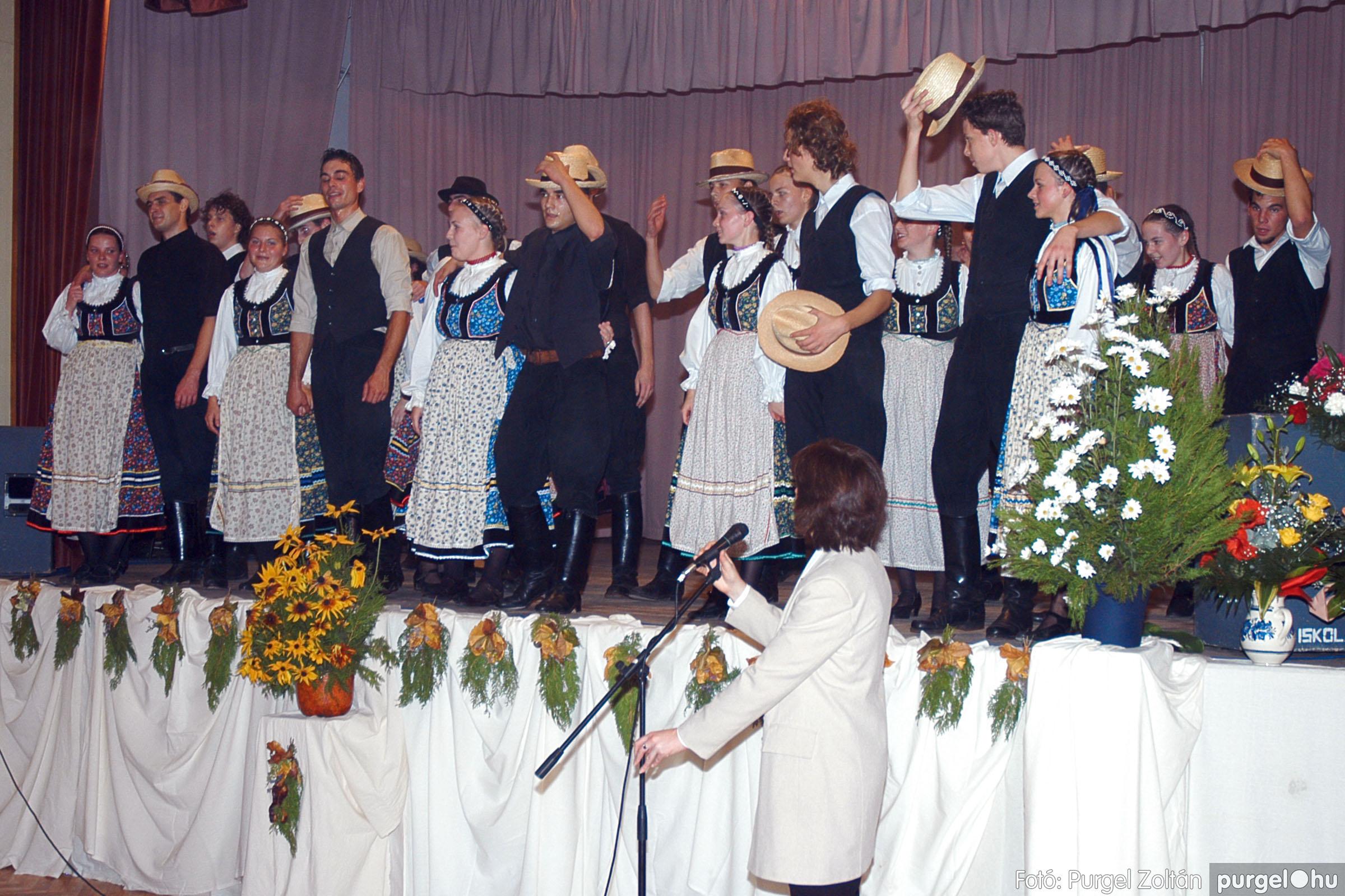 2004.11.06. 109 40 éves a szegvári Művelődési Ház - Fotó:PURGEL ZOLTÁN© DSC_0123q.jpg
