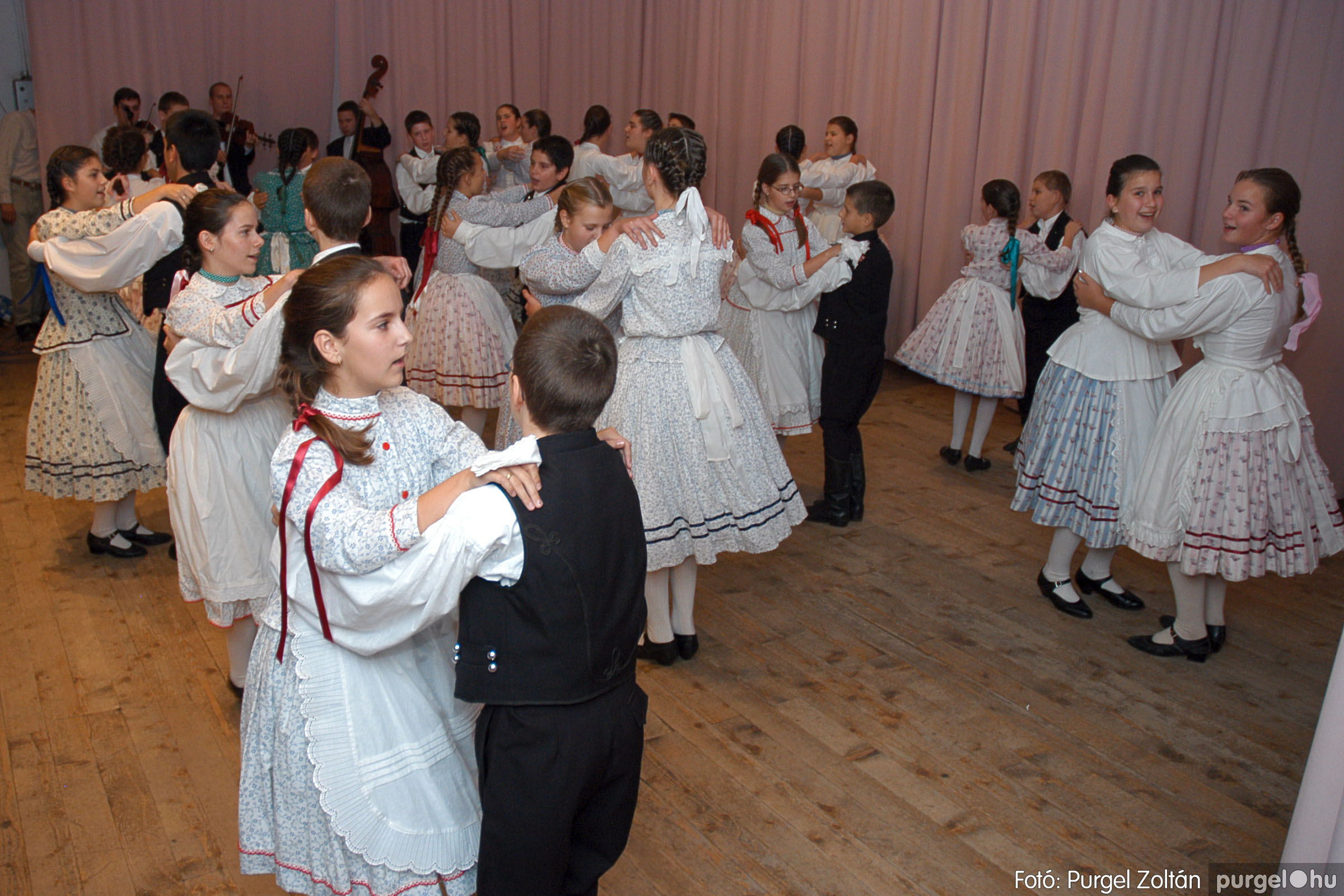 2004.11.06. 084 40 éves a szegvári Művelődési Ház - Fotó:PURGEL ZOLTÁN© DSC_0095q.jpg