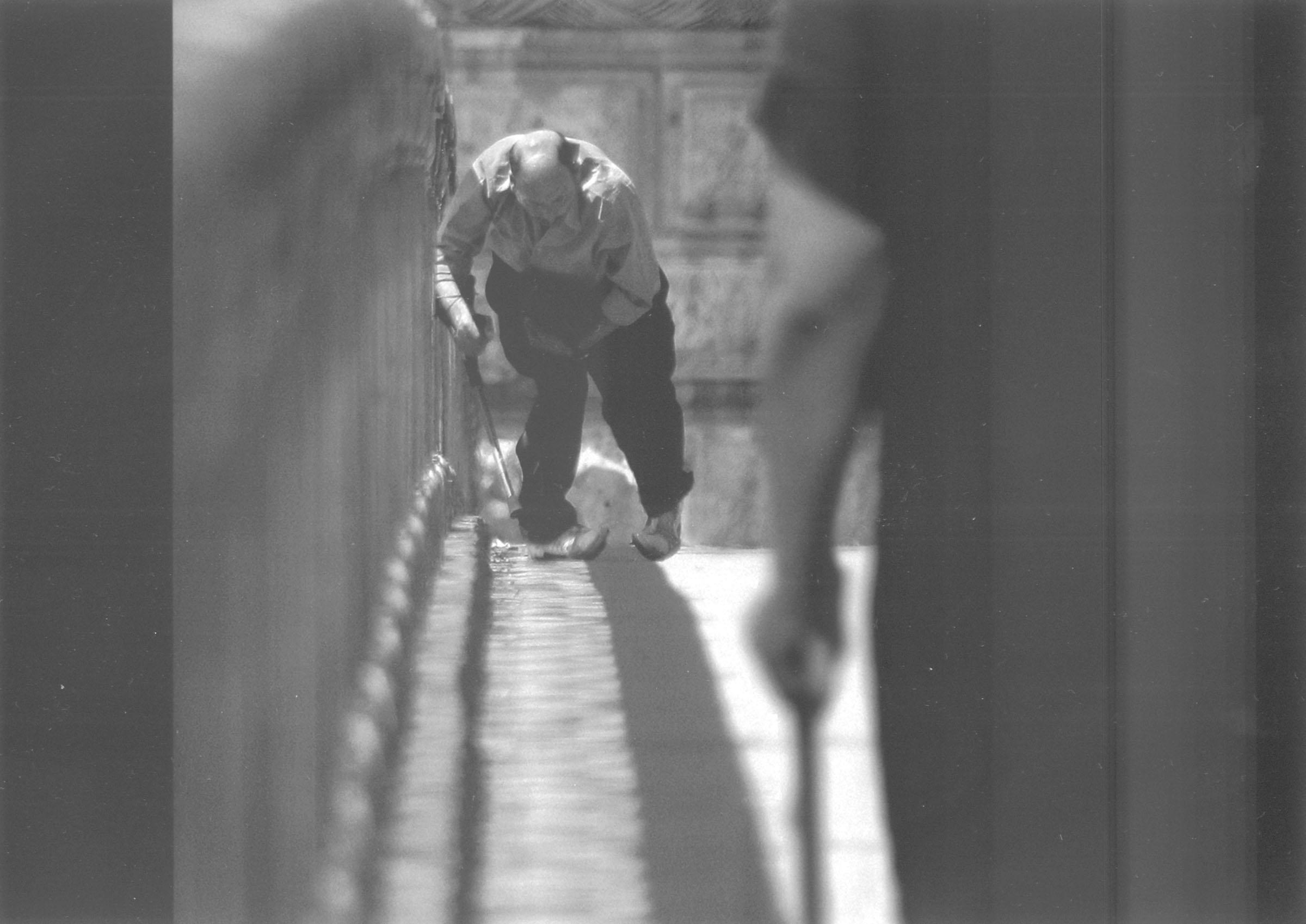 2004.09.18. Hétköznapok fotópályázat - Nyulászi Zsolt - Járj!.jpg