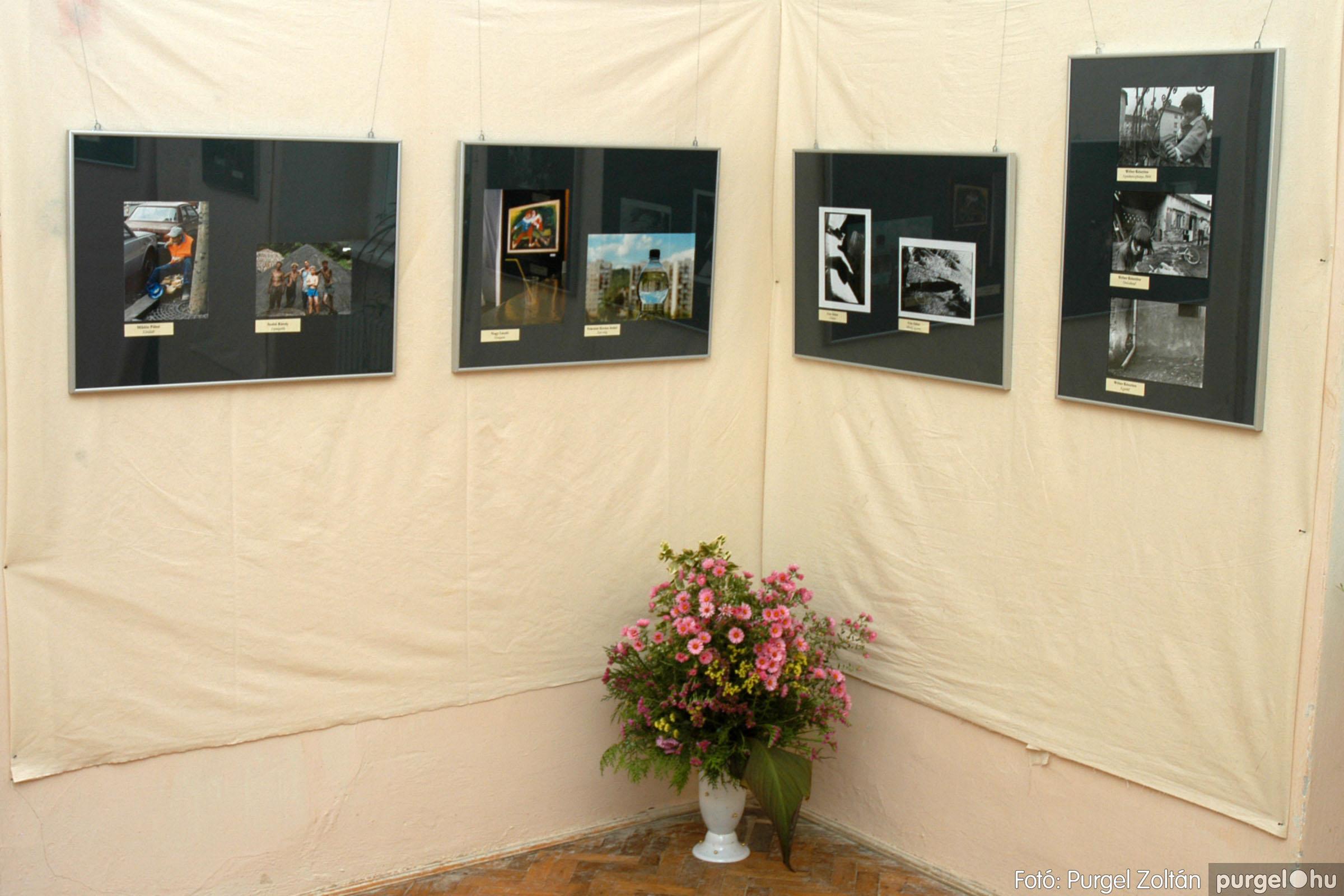 2004.09.25. 015 Hétköznapok fotópályázat kiállítása - Fotó:PURGEL ZOLTÁN© DSC_0015q.jpg