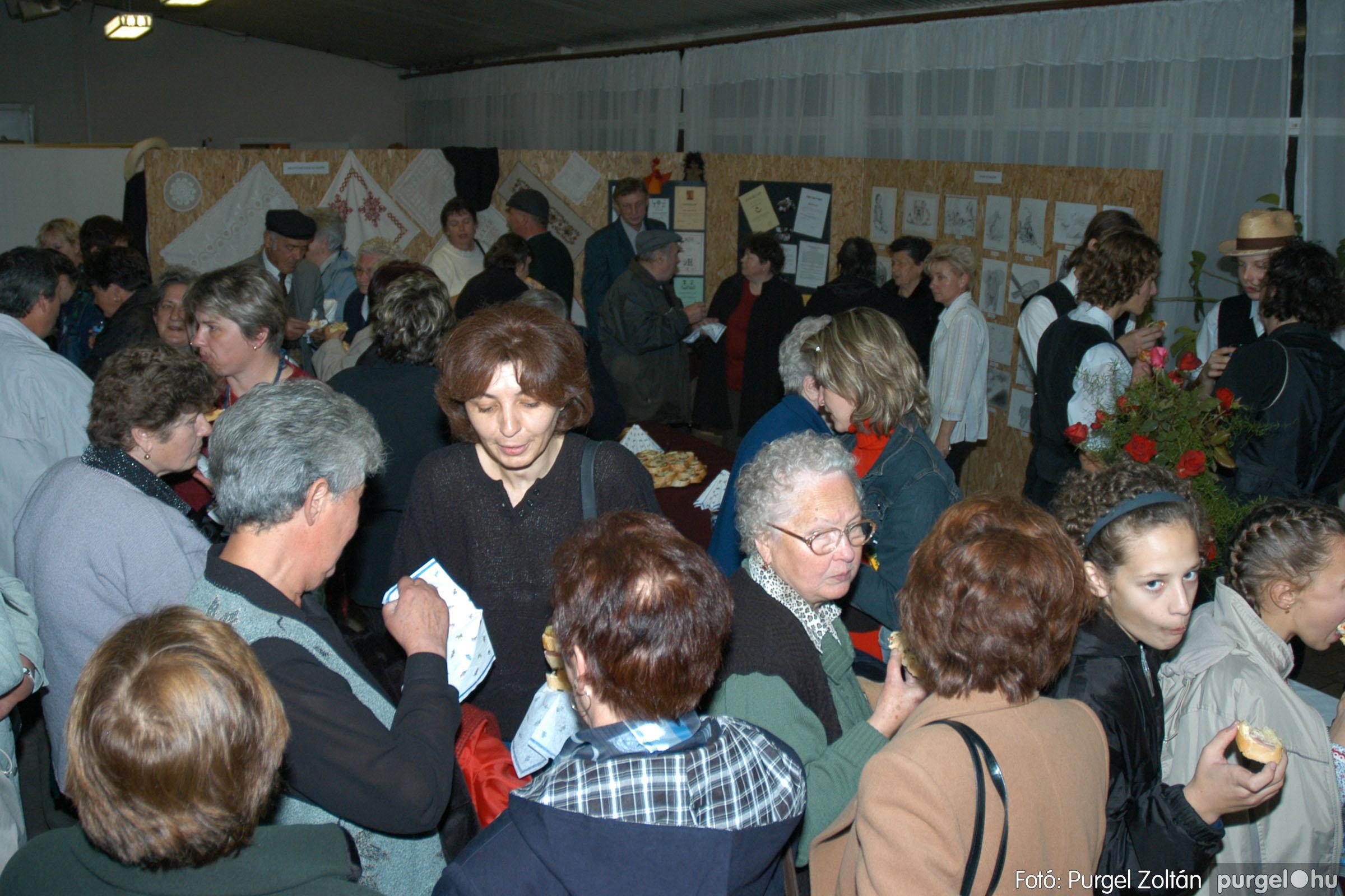 2004.11.06. 127 40 éves a szegvári Művelődési Ház - Fotó:PURGEL ZOLTÁN© DSC_0143q.jpg