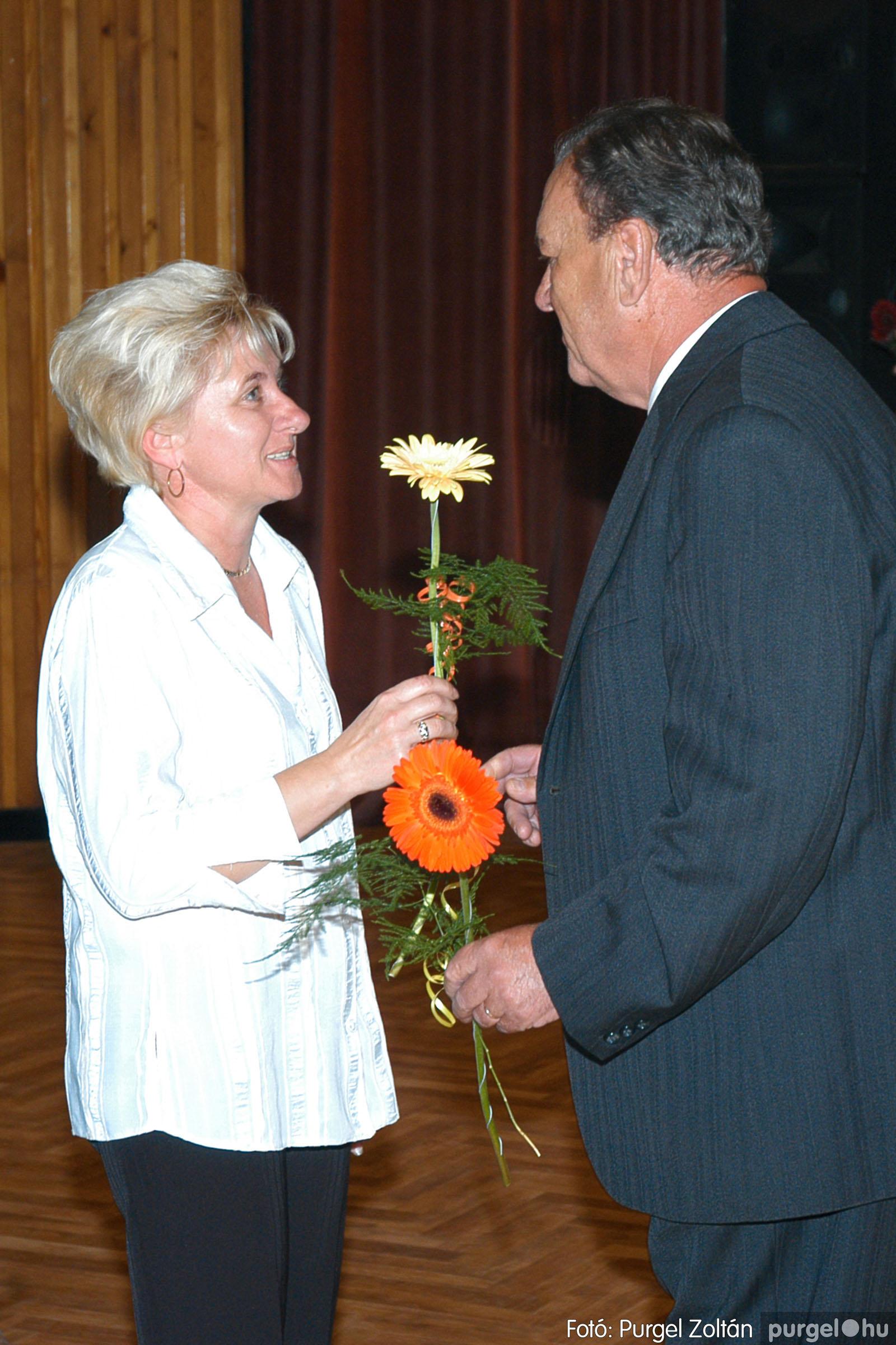 2004.11.06. 123 40 éves a szegvári Művelődési Ház - Fotó:PURGEL ZOLTÁN© DSC_0137q.jpg