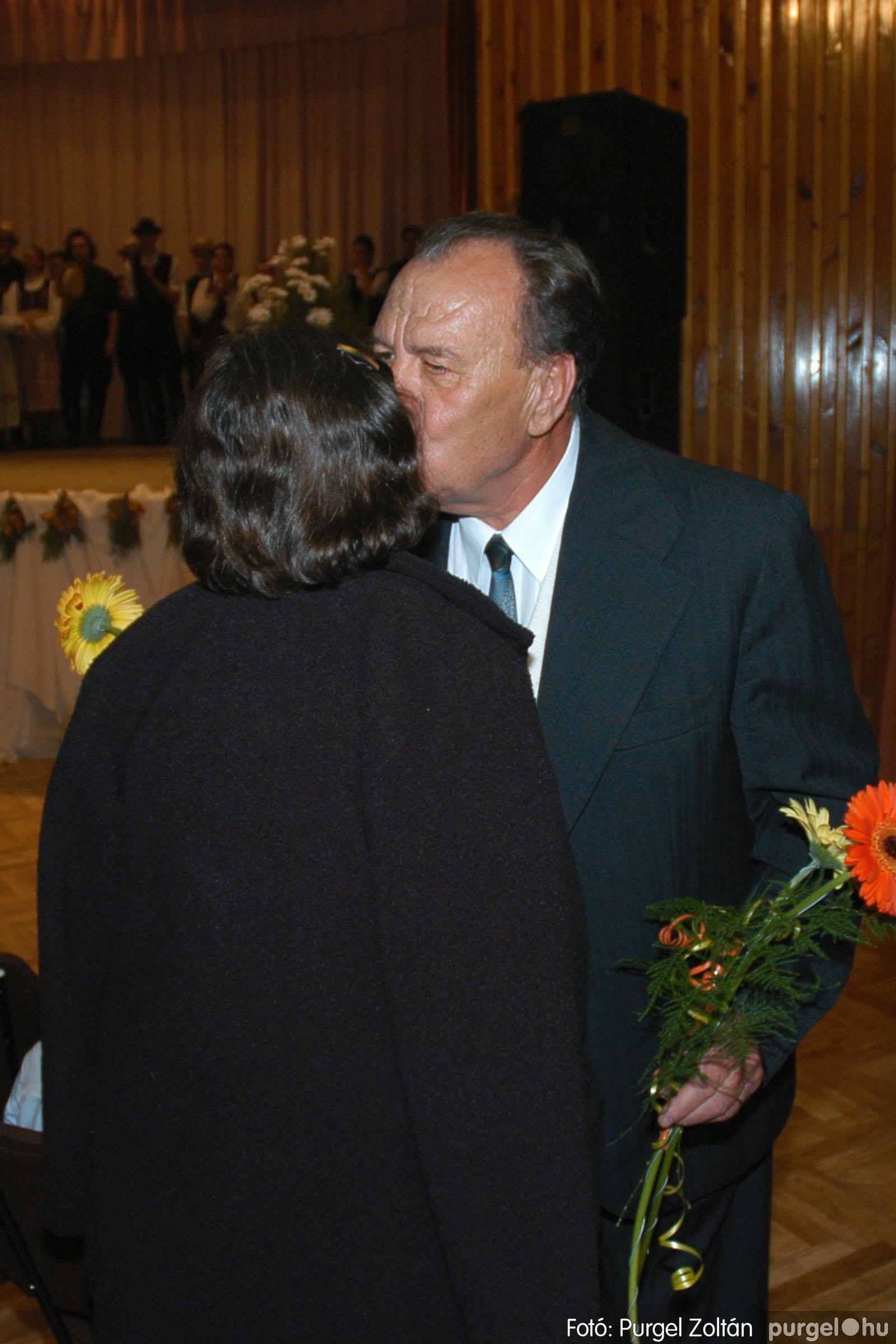 2004.11.06. 122 40 éves a szegvári Művelődési Ház - Fotó:PURGEL ZOLTÁN© DSC_0136q.jpg
