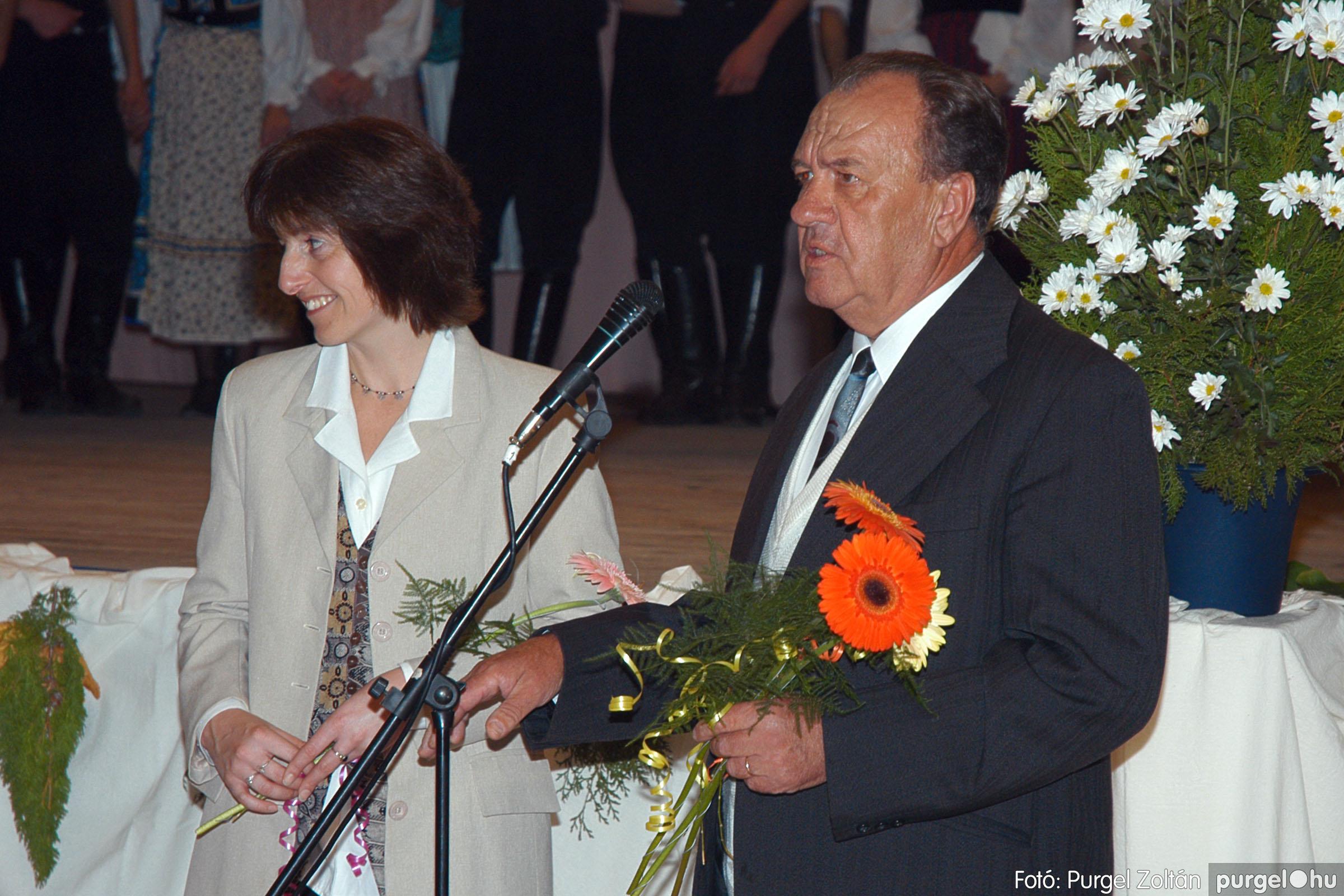 2004.11.06. 121 40 éves a szegvári Művelődési Ház - Fotó:PURGEL ZOLTÁN© DSC_0135q.jpg