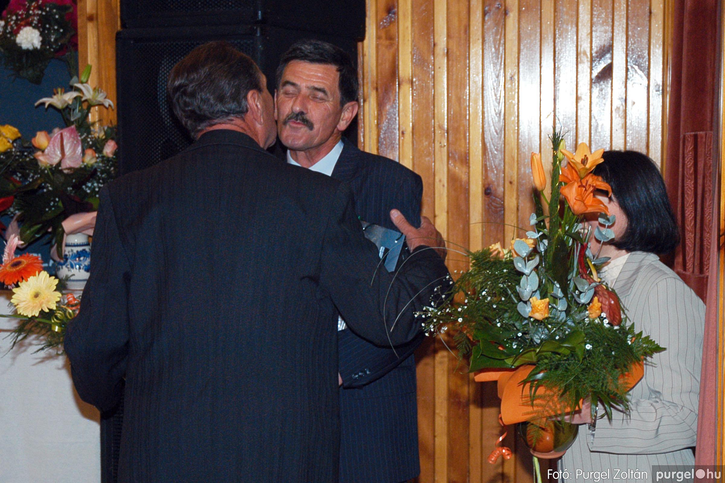 2004.11.06. 118 40 éves a szegvári Művelődési Ház - Fotó:PURGEL ZOLTÁN© DSC_0132q.jpg