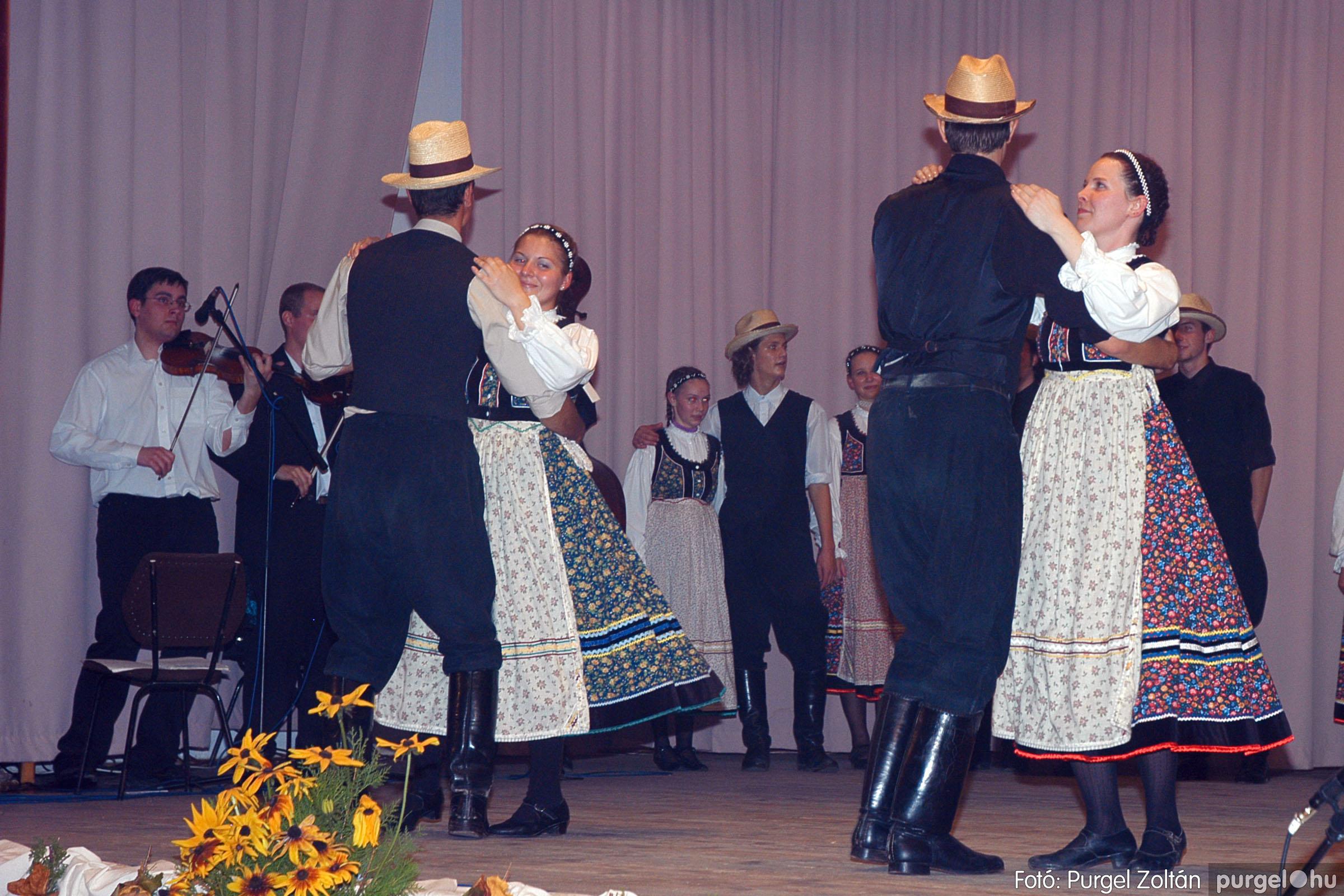 2004.11.06. 107 40 éves a szegvári Művelődési Ház - Fotó:PURGEL ZOLTÁN© DSC_0121q.jpg