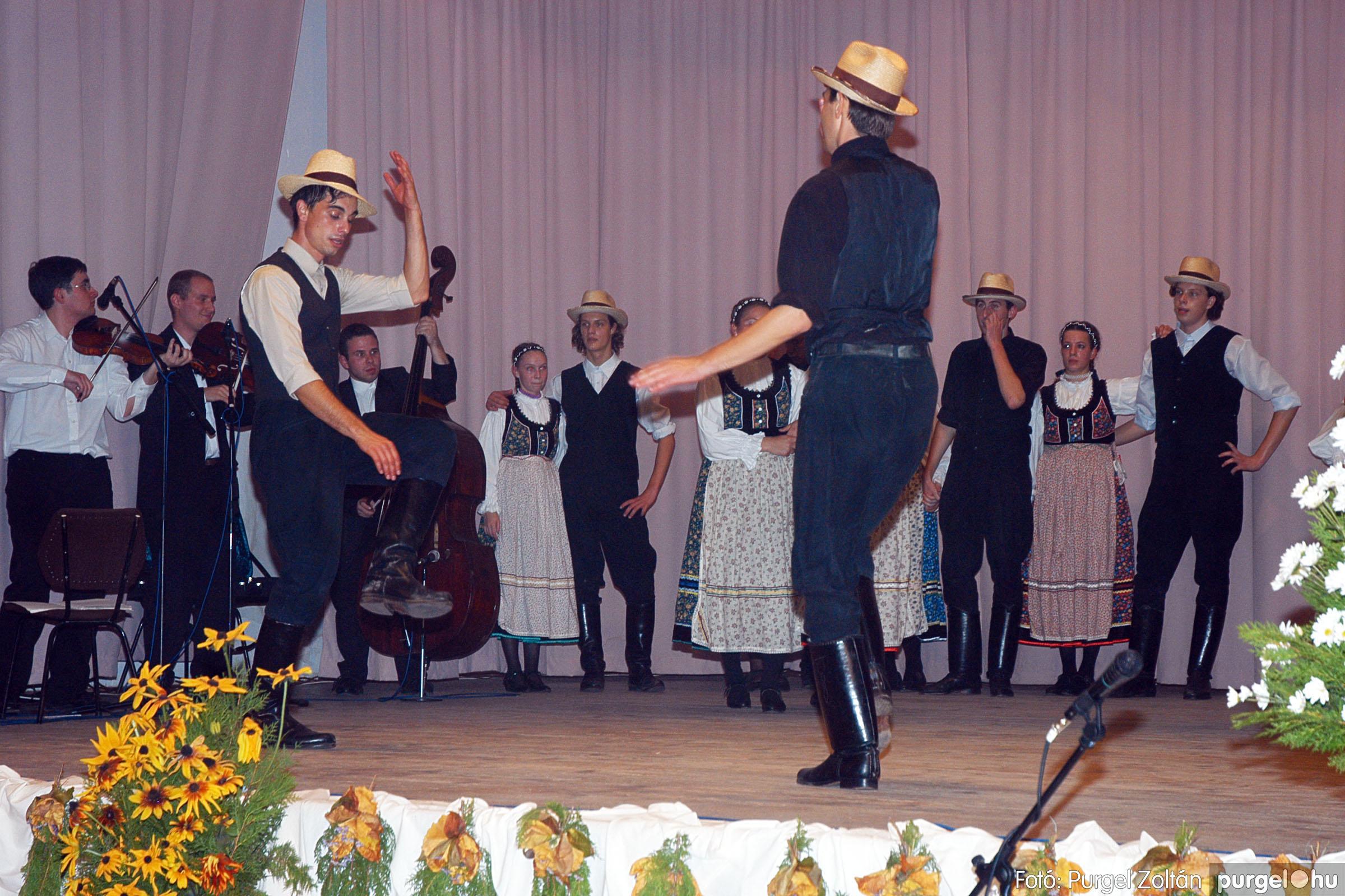 2004.11.06. 106 40 éves a szegvári Művelődési Ház - Fotó:PURGEL ZOLTÁN© DSC_0120q.jpg