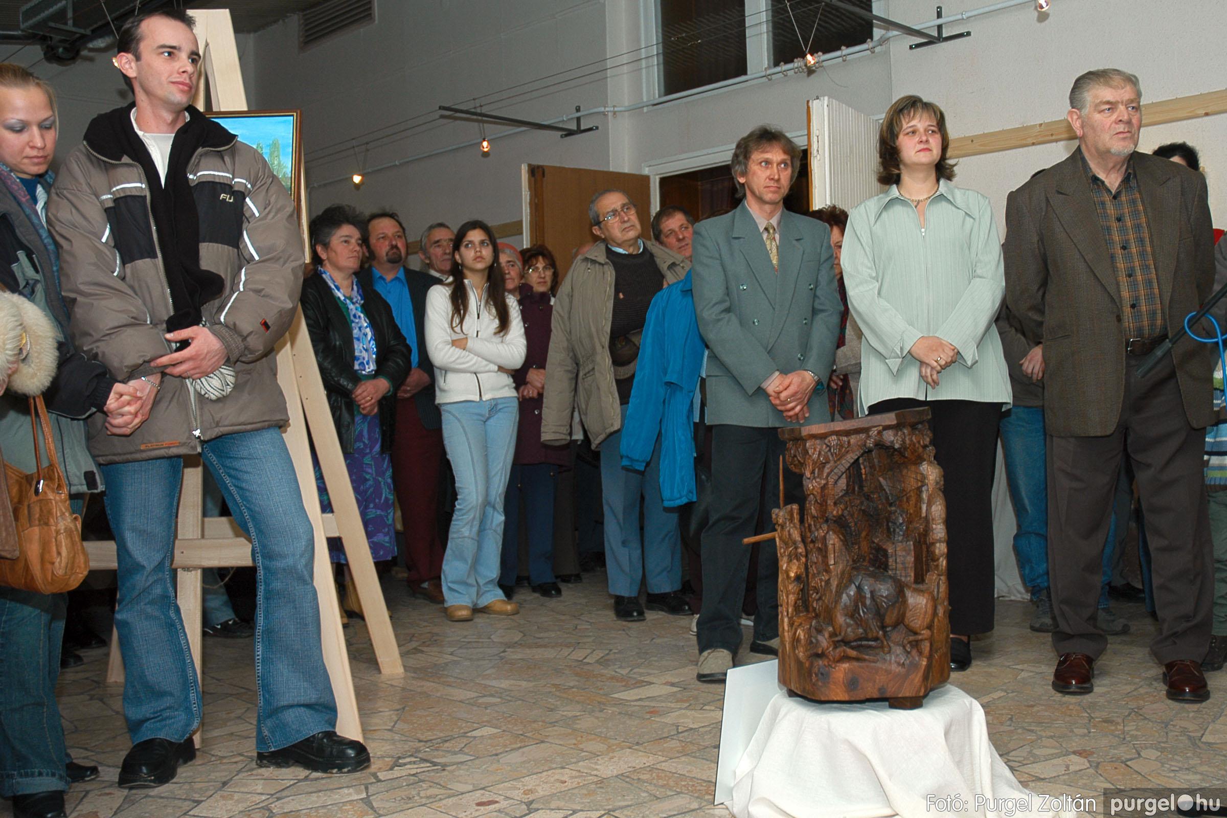 2005.01.22. 014 Tóth József fafaragó kiállítása - Fotó:PURGEL ZOLTÁN© DSC_0014q.jpg