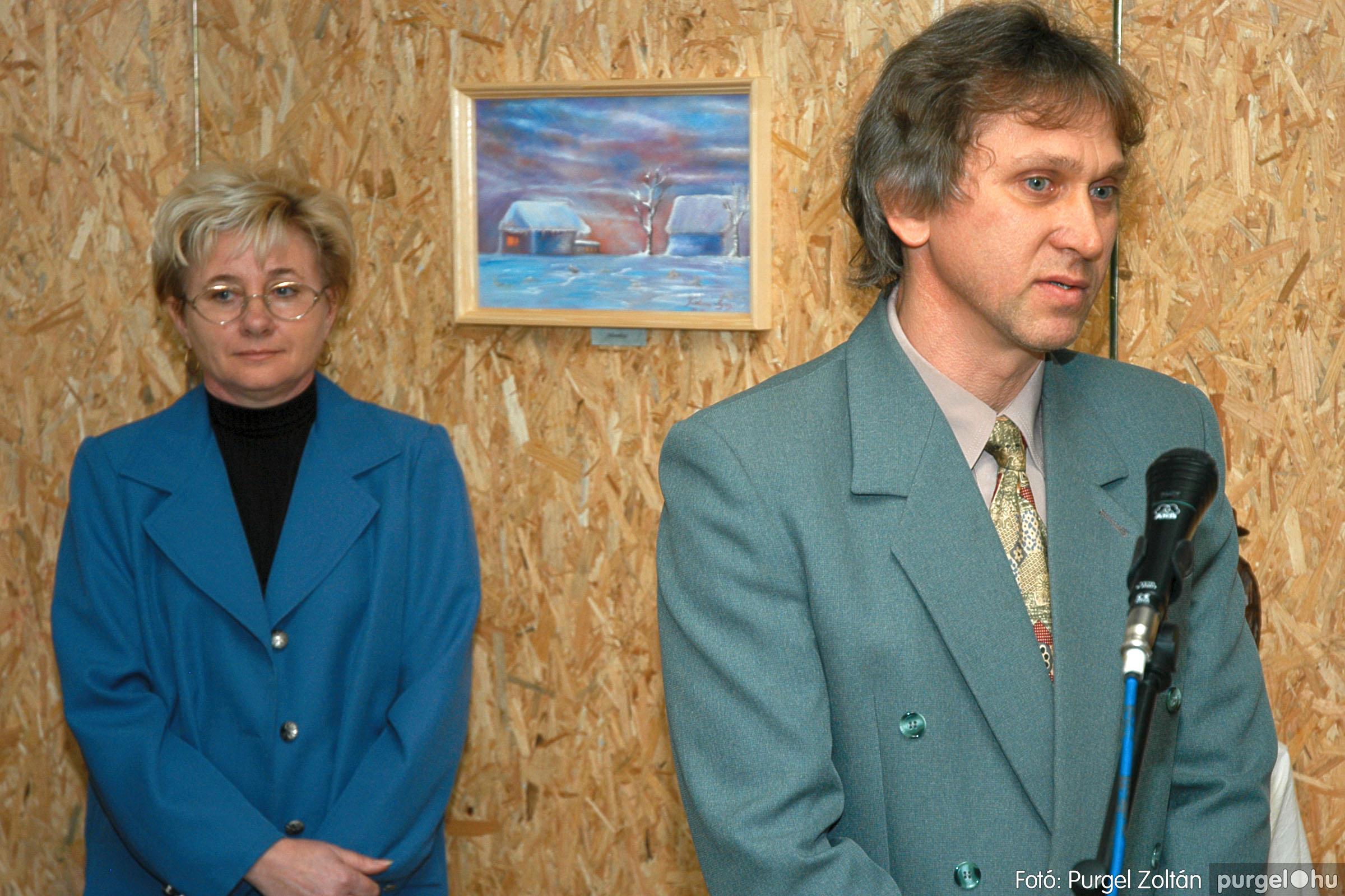 2005.01.22. 012 Tóth József fafaragó kiállítása - Fotó:PURGEL ZOLTÁN© DSC_0012q.jpg