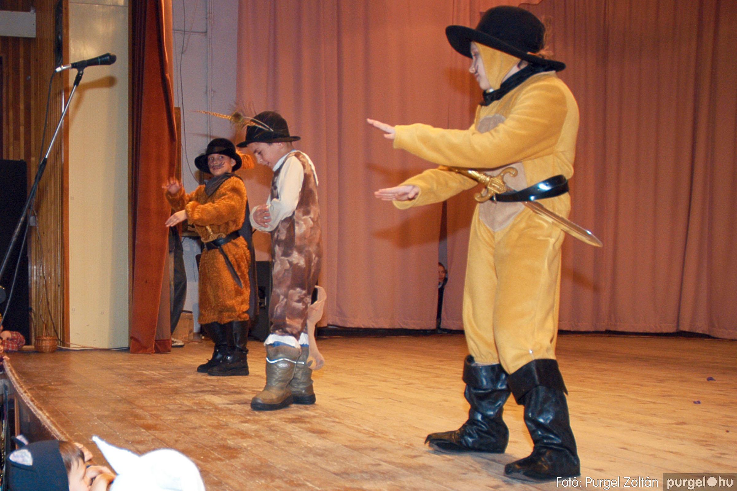 2005.02.11-12. 047 Forray Máté Általános Iskola farsang 2005.  - Fotó:PURGEL ZOLTÁN© DSC_0049q.jpg