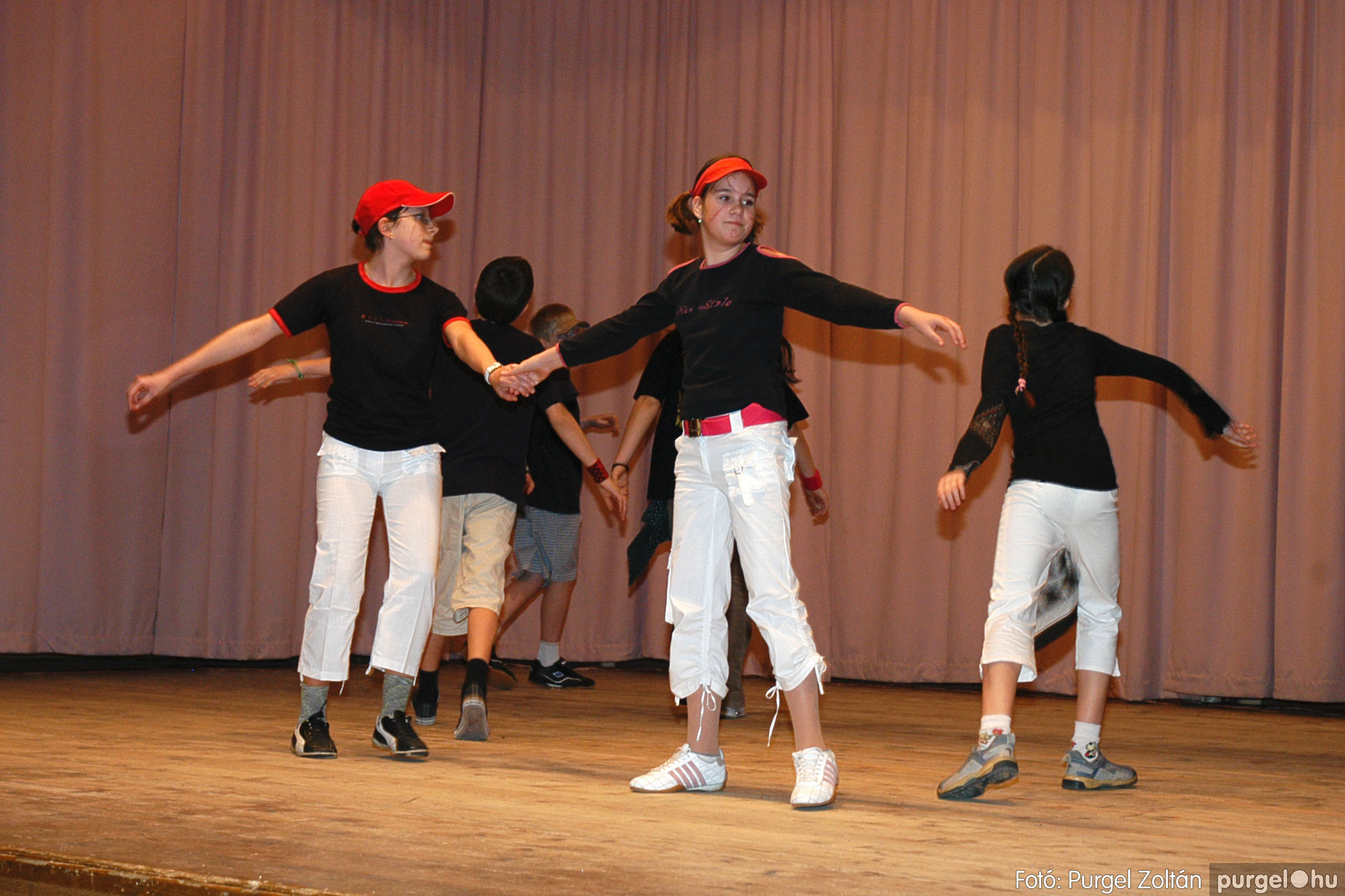 2005.02.11-12. 014 Forray Máté Általános Iskola farsang 2005.  - Fotó:PURGEL ZOLTÁN© DSC_0015q.jpg