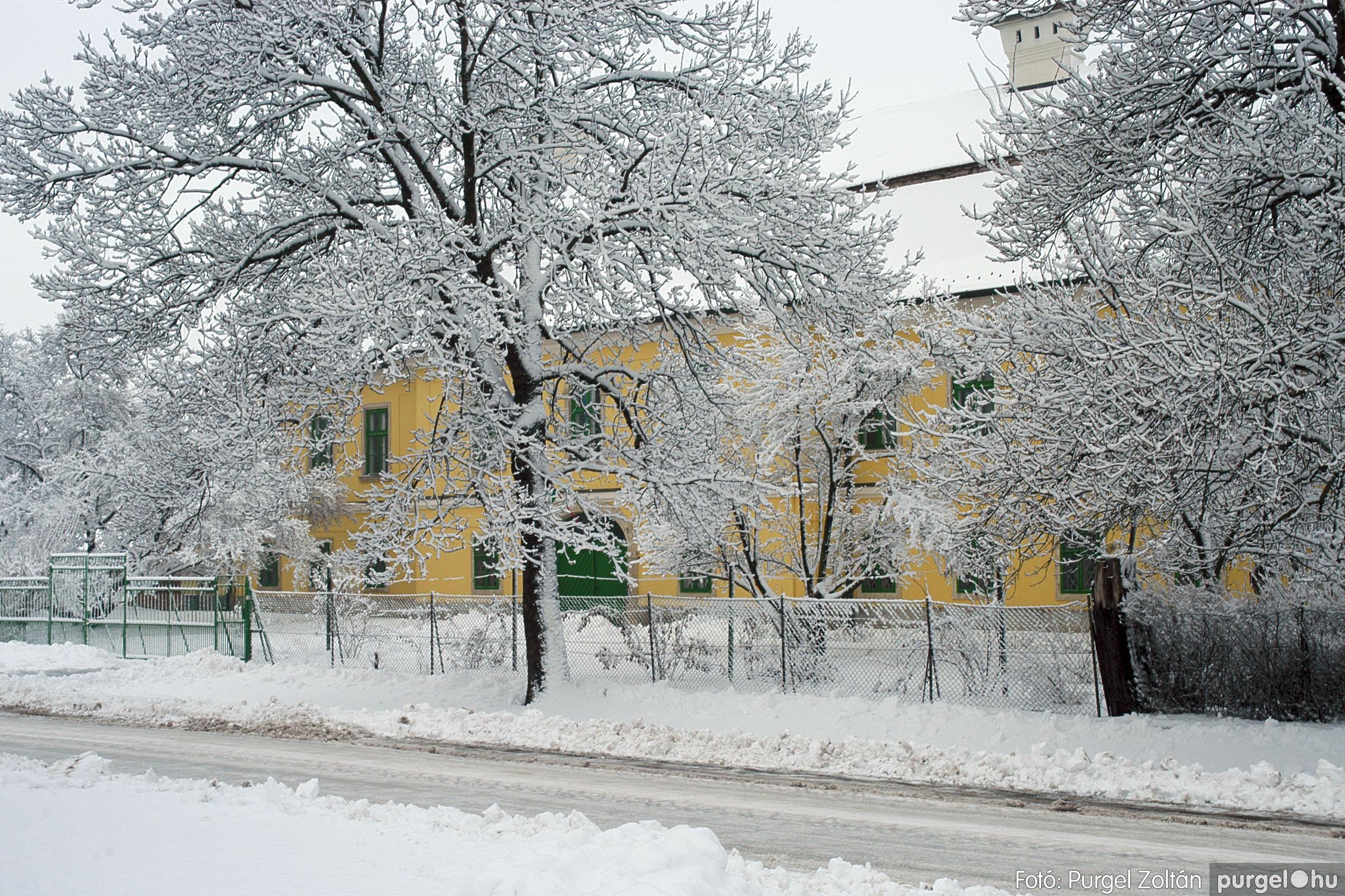2005.02.16. 025 Hóesés utáni séta Szegváron - Fotó:PURGEL ZOLTÁN© DSC_0151q.jpg