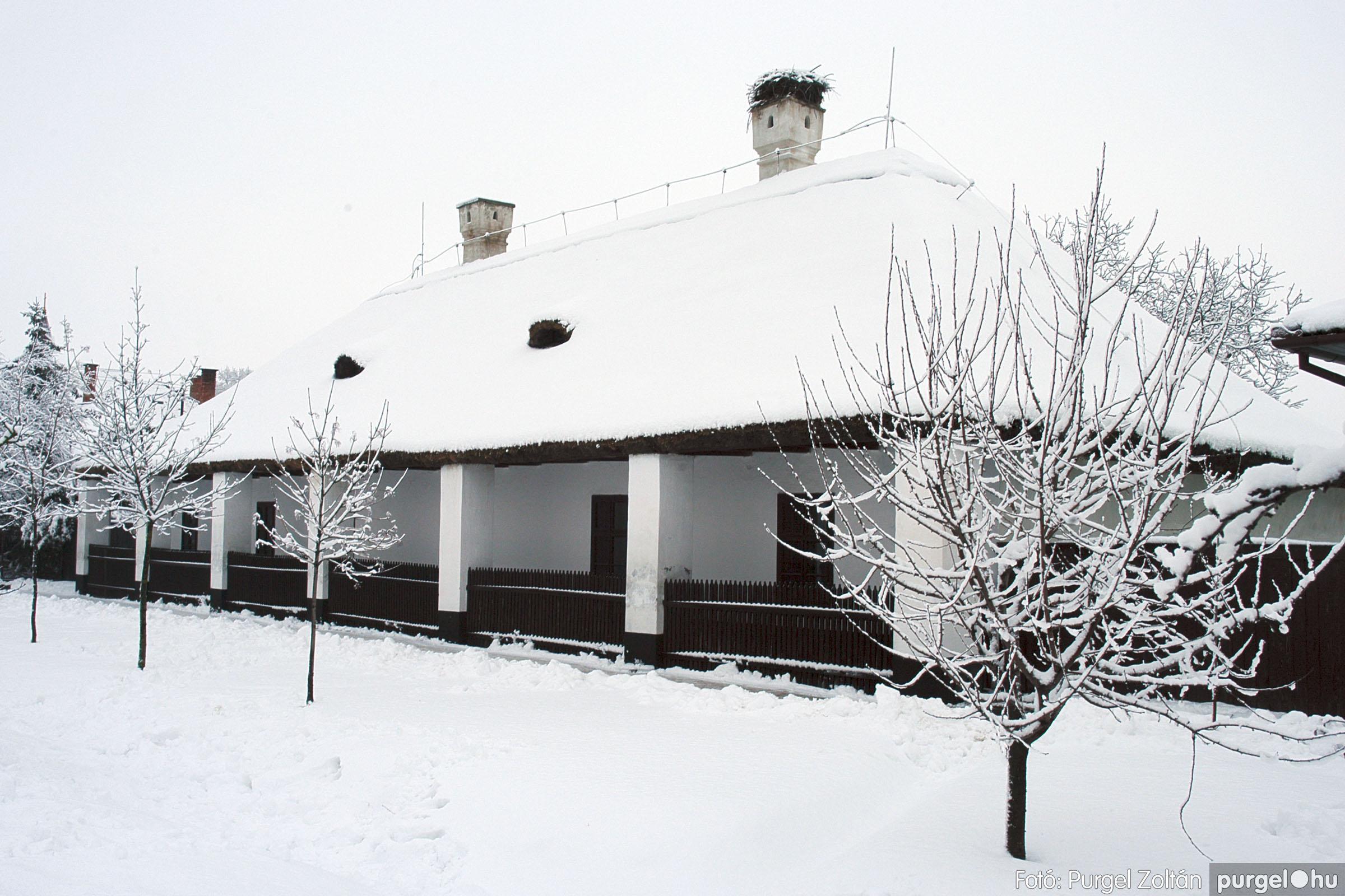 2005.02.16. 040 Hóesés utáni séta Szegváron - Fotó:PURGEL ZOLTÁN© DSC_0170q.jpg