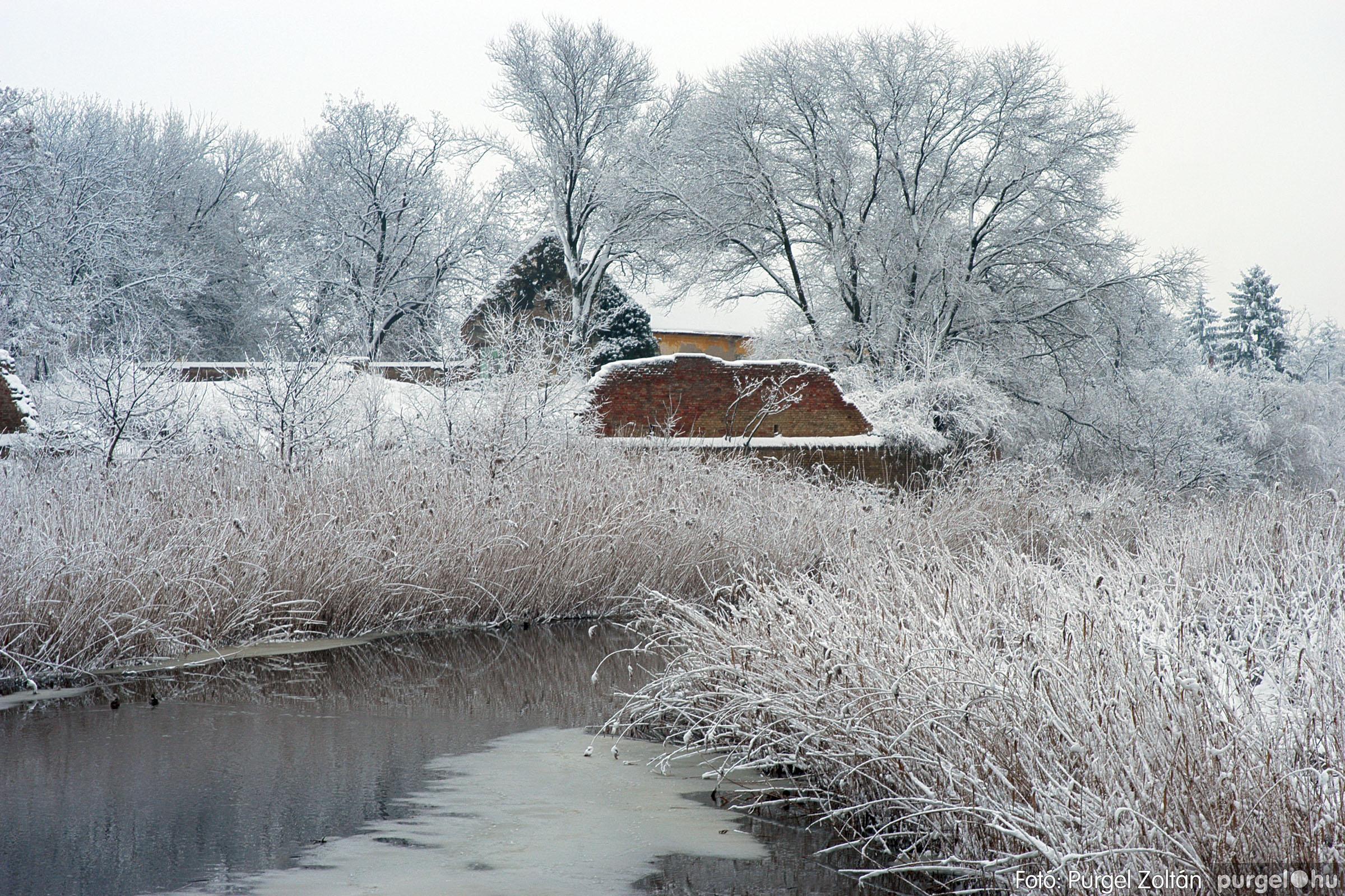 2005.02.16. 031 Hóesés utáni séta Szegváron - Fotó:PURGEL ZOLTÁN© DSC_0158q.jpg