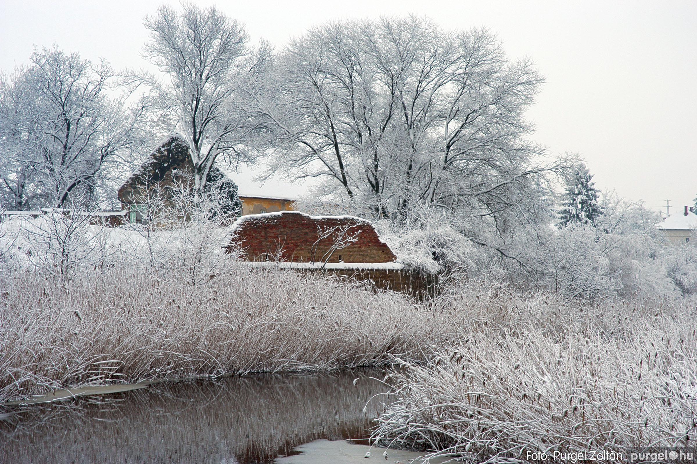 2005.02.16. 028 Hóesés utáni séta Szegváron - Fotó:PURGEL ZOLTÁN© DSC_0155q.jpg