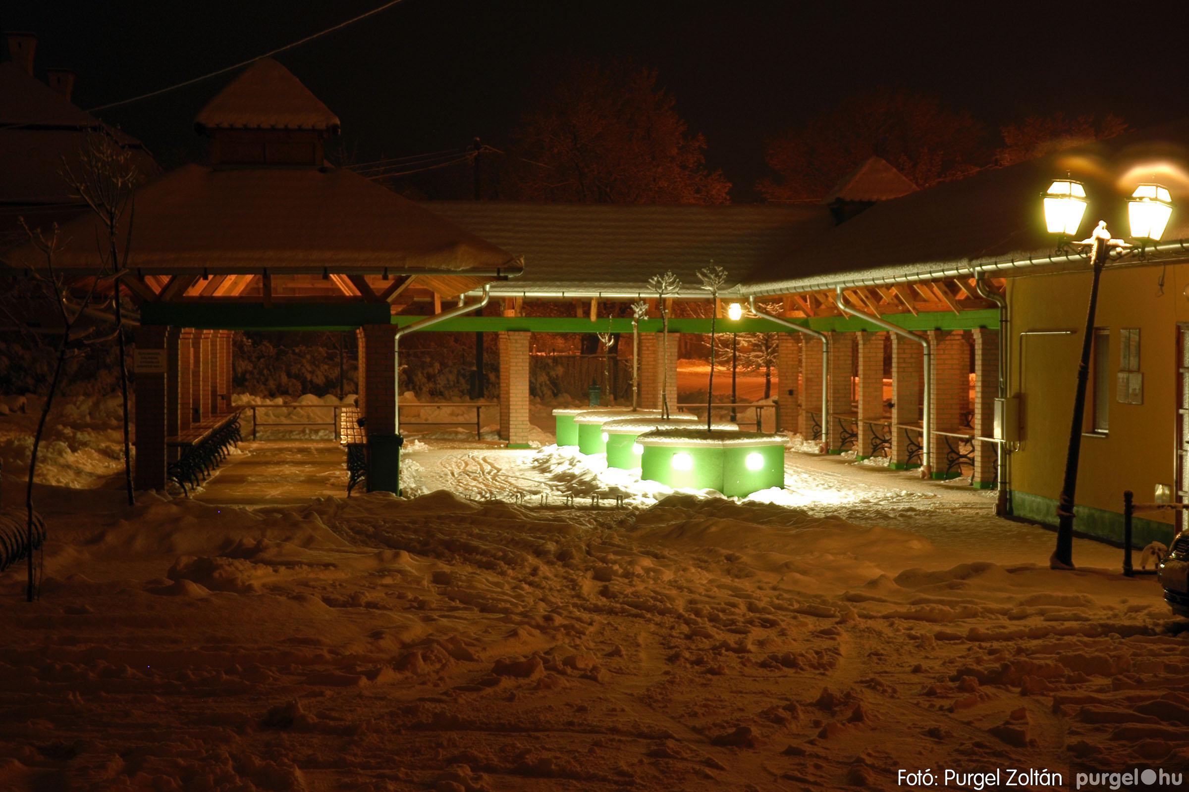 2005.02.16. 024 Hóesés utáni séta Szegváron - Fotó:PURGEL ZOLTÁN© DSC_0150q.jpg