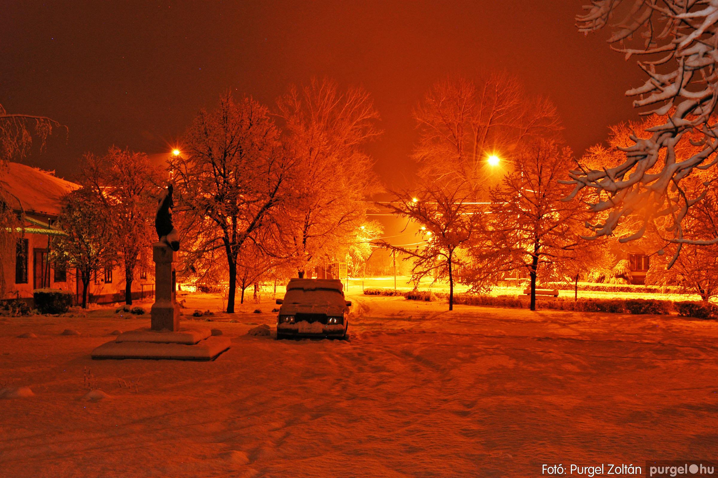 2005.02.16. 013 Hóesés utáni séta Szegváron - Fotó:PURGEL ZOLTÁN© DSC_0133q.jpg
