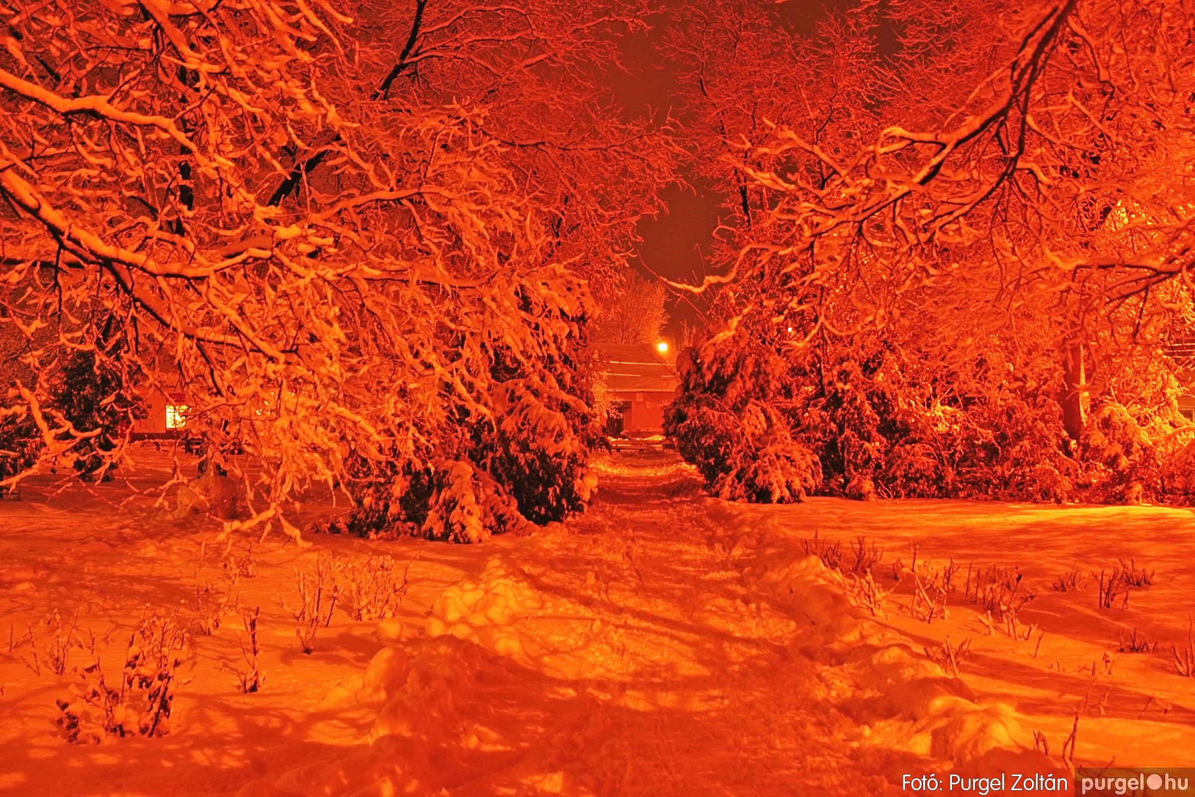 2005.02.16. 008 Hóesés utáni séta Szegváron - Fotó:PURGEL ZOLTÁN© DSC_0125q.jpg