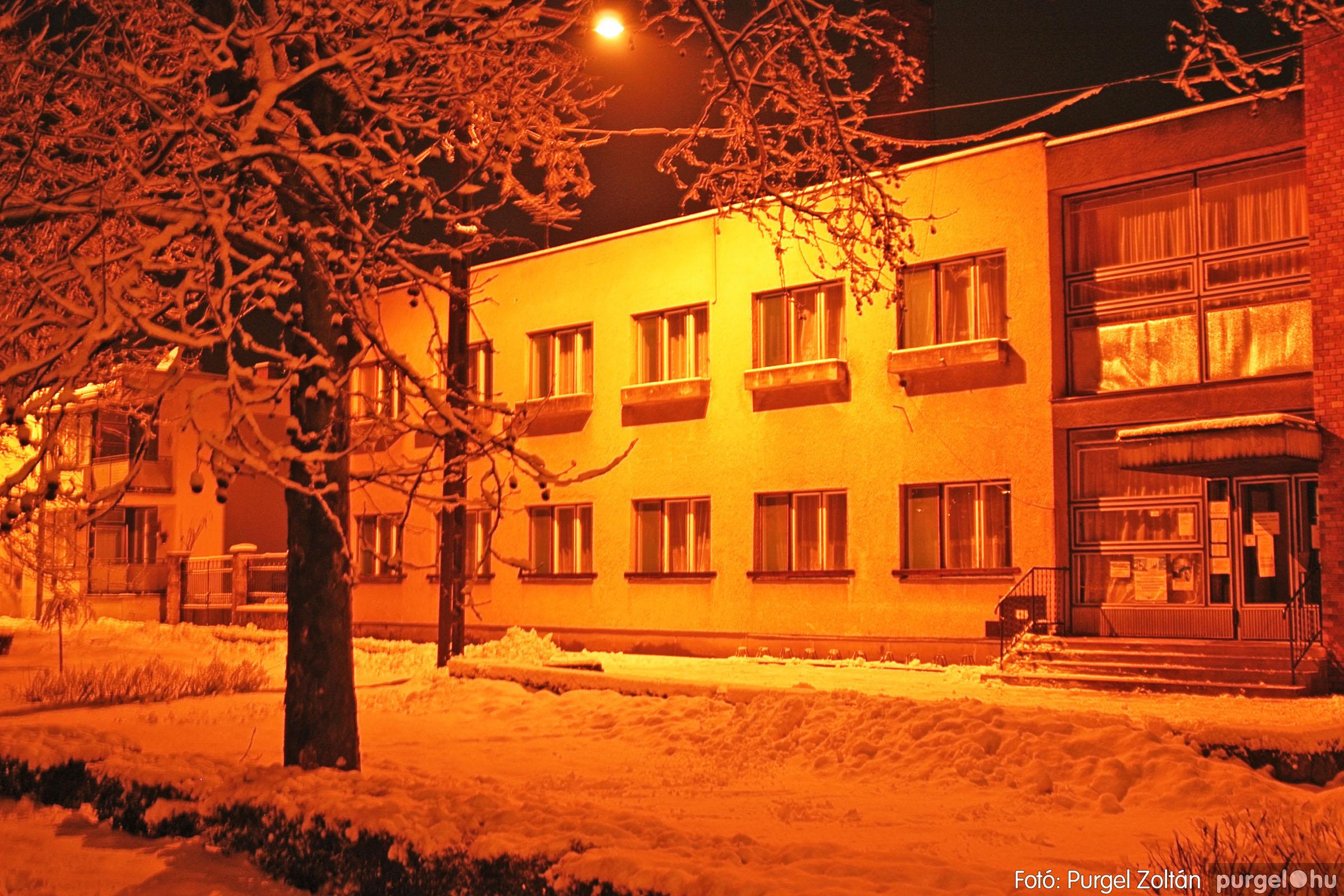 2005.02.16. 005 Hóesés utáni séta Szegváron - Fotó:PURGEL ZOLTÁN© DSC_0120q.jpg